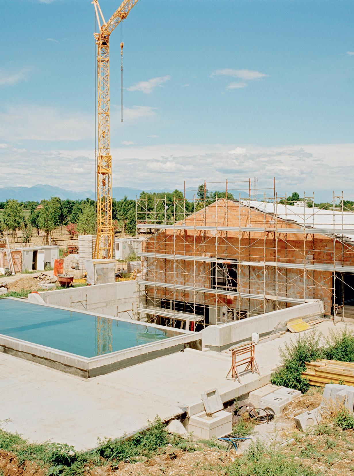 Casa delle Bottere swimming pool under construction by John Pawson
