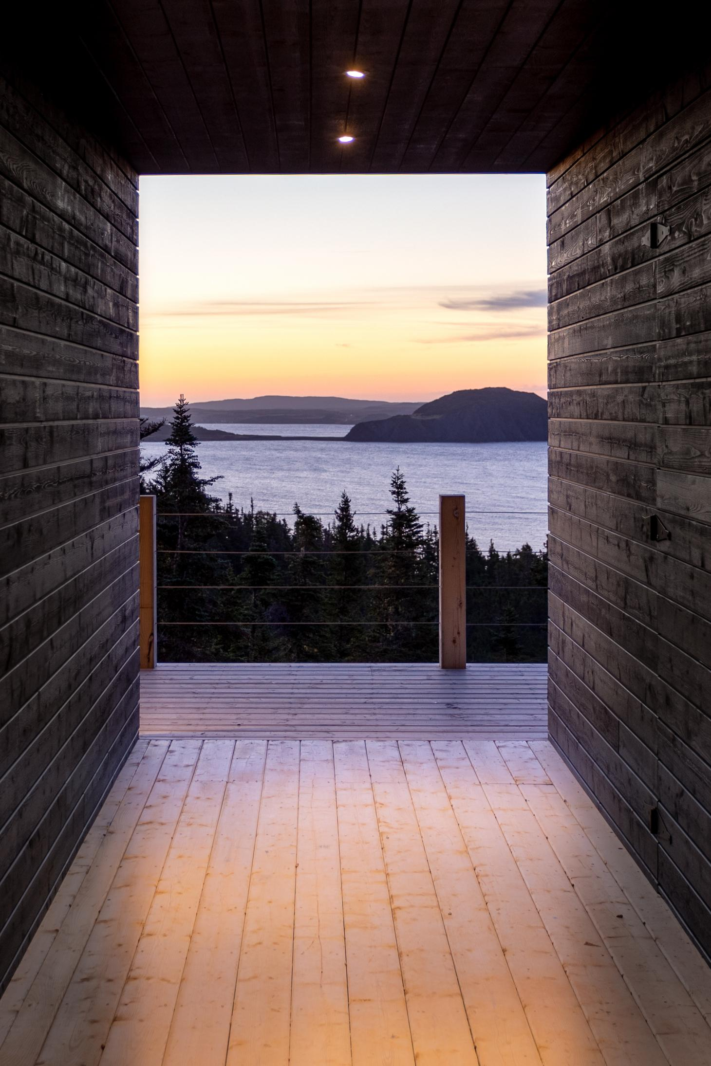 Halfway Hill House by Woodford Architecture