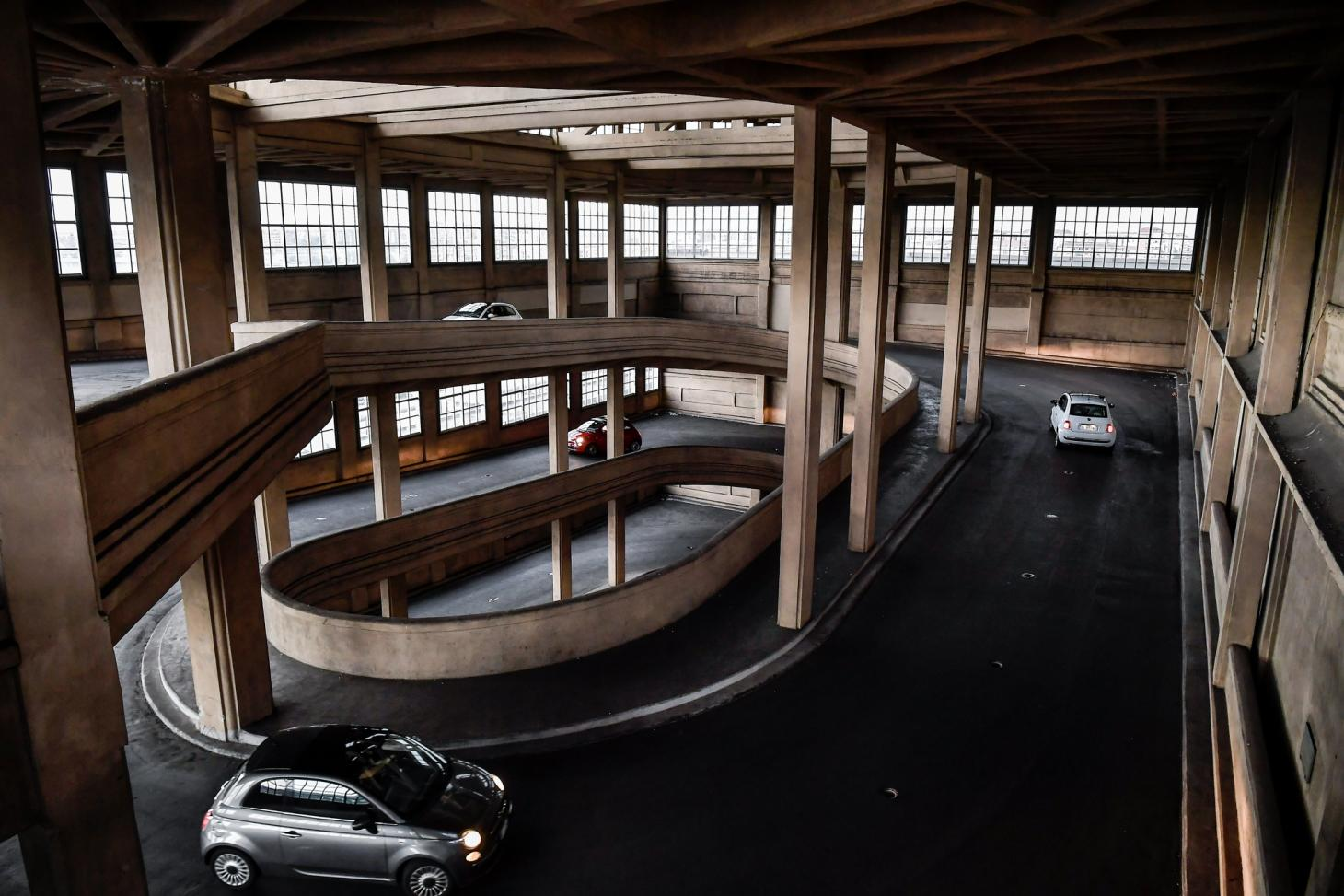 Fiat 500s take to Lingotto's concrete ramps during an event in 2019