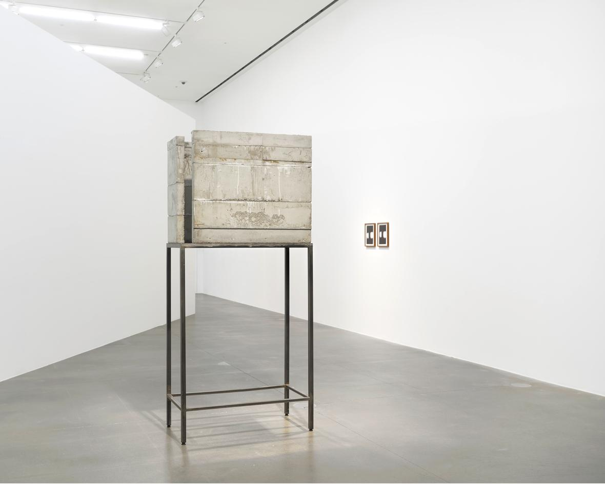 Installation view of Isa Genzken's 'Saal (Room)' concrete sculpture at Hauser & Wirth