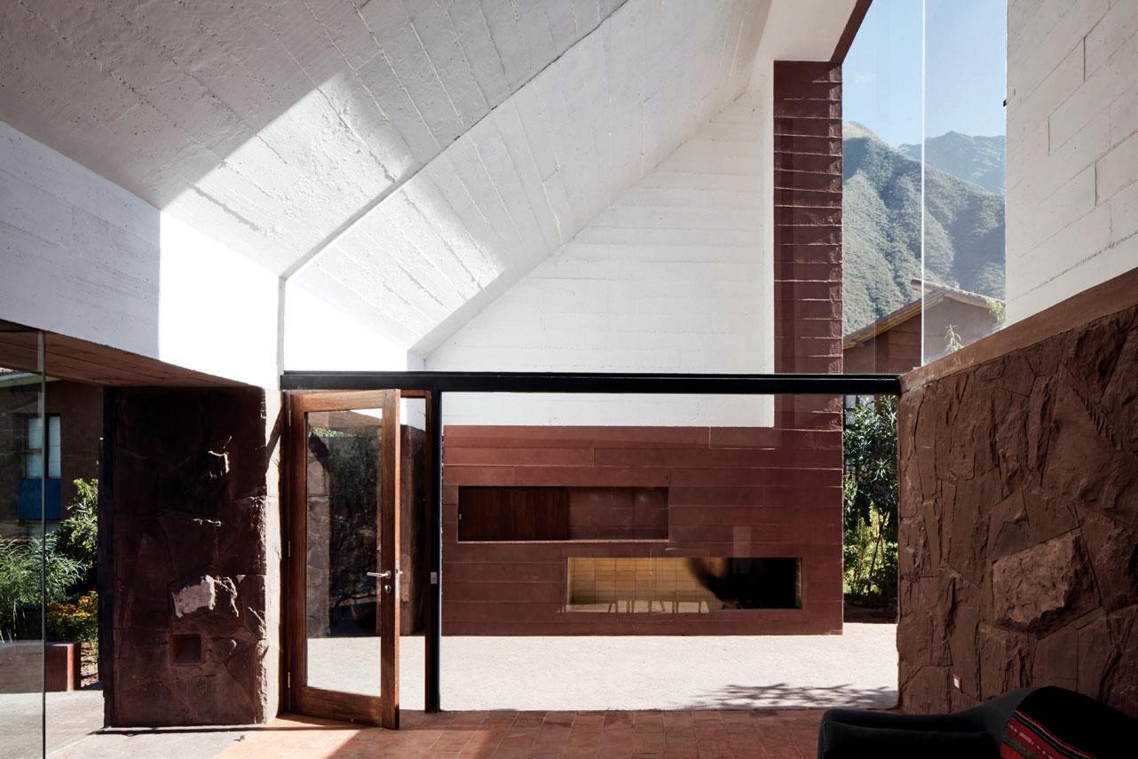 The interior of the house, can see Peru's mountains through a window
