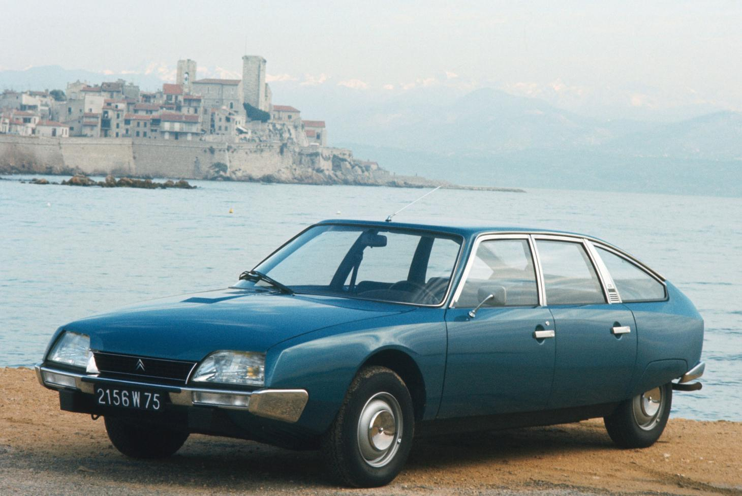 An early Citroen CX, introduced in 1974