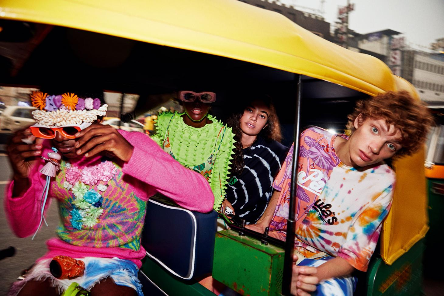 people in a car wearing Loewe Ibiza 2020 collection