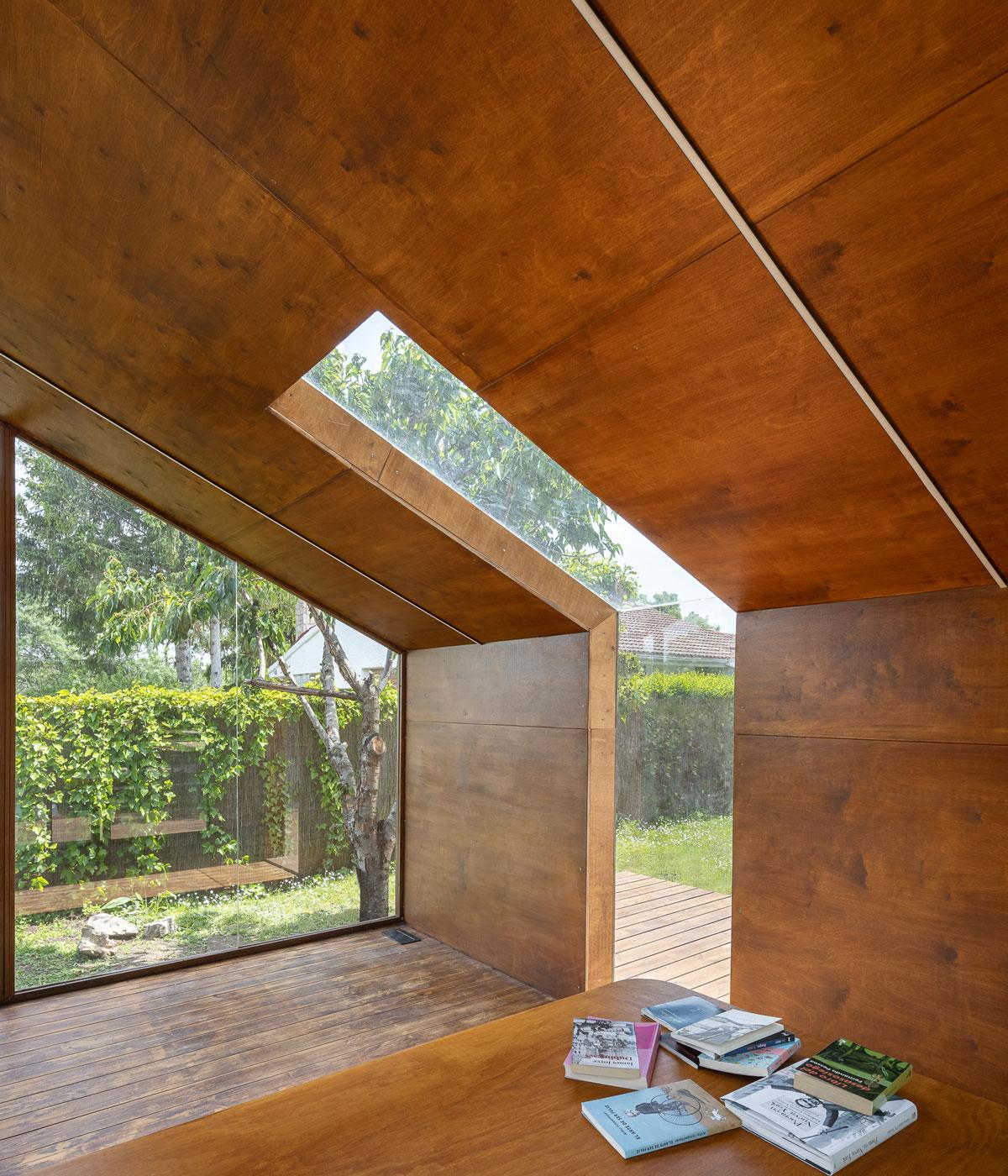 Cabin with glass roof
