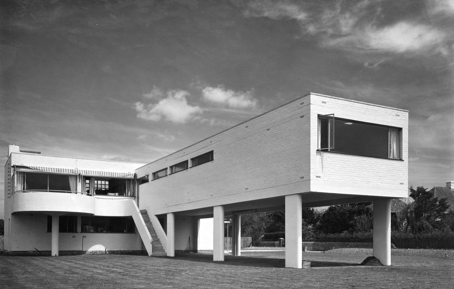 Sea Lane House, Angmering-on-Sea, West Sussex, 1937 by architects Yorke and Breuer (c) Dell & Wainwright, RIBA Collections