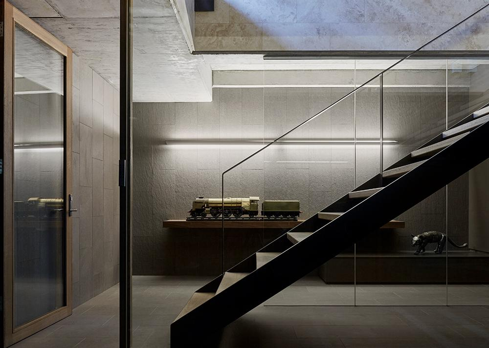 Steel and timber staircase at Lake Wendouree house, by Inarc Architects, Ballarat, Australia