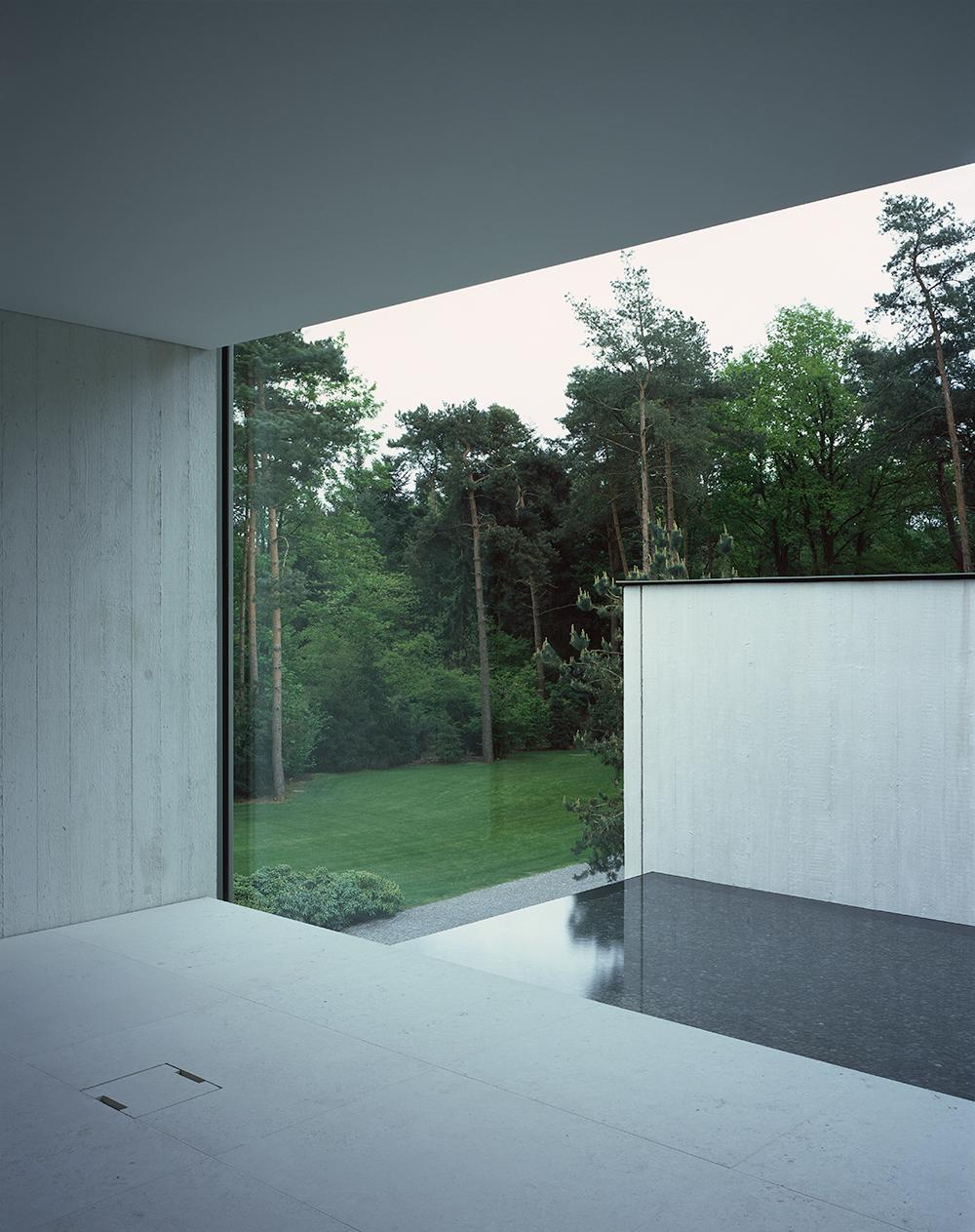 Interior view of modern Villa Waalre, by Russell Jones, Eindhoven, The Netherlands