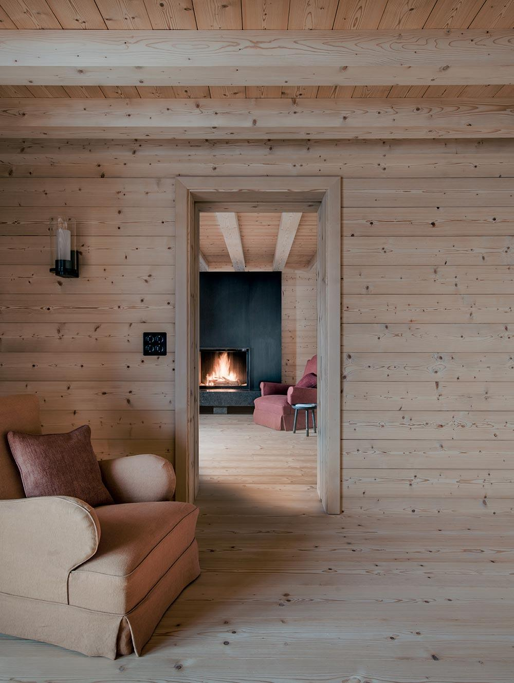 Chalet MM interior by Mike Spink