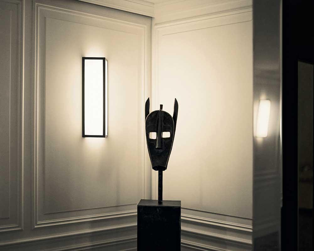 African mask from Galerie Lucas Ratton collection