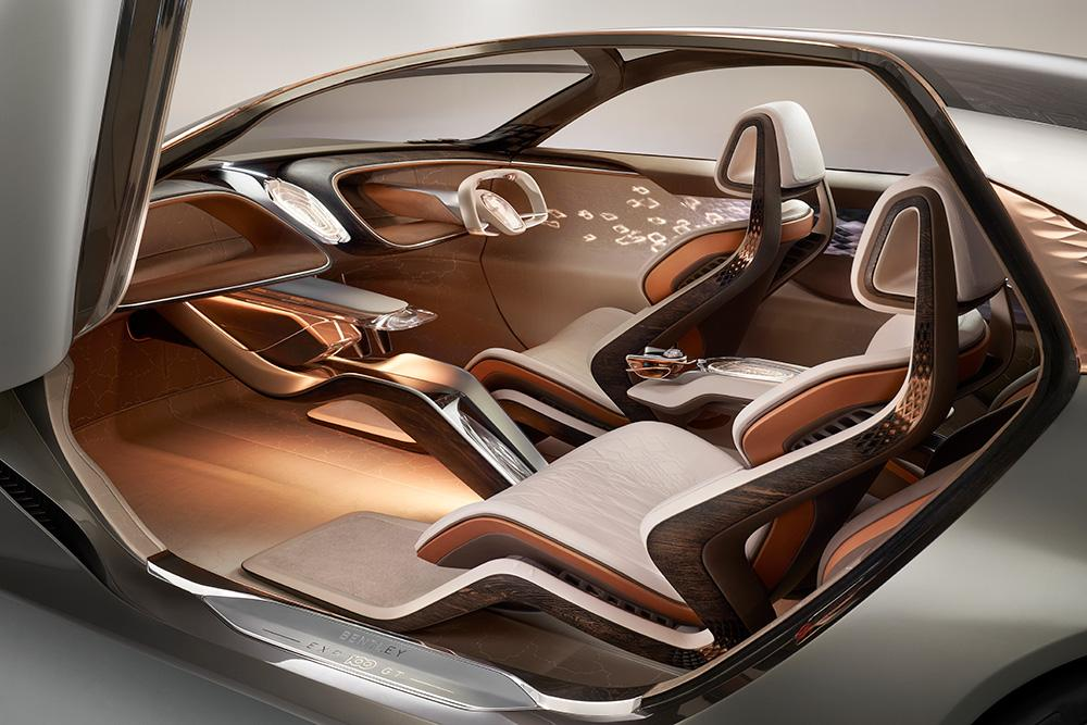 Bentley EXP 100 GT cabin
