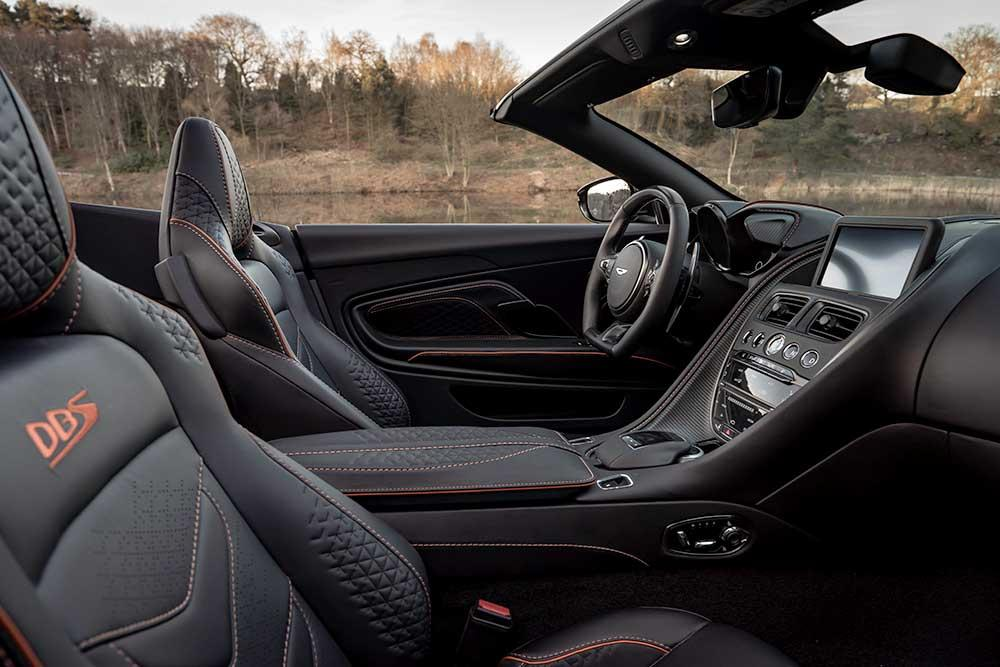 Aston Martin DBS Superleggera interior