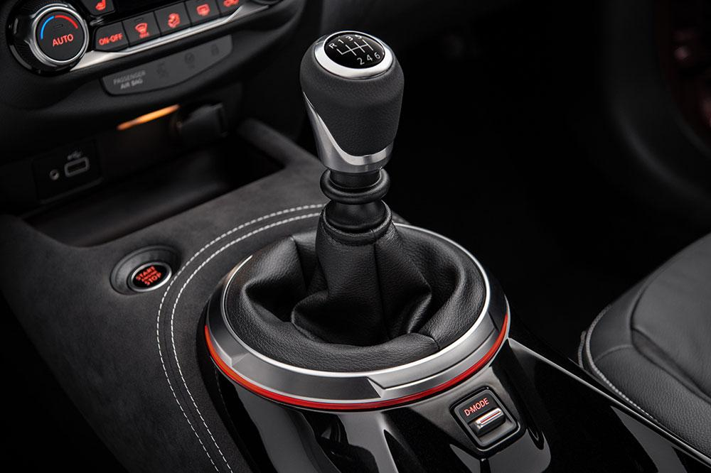 Nissan Juke gear shift