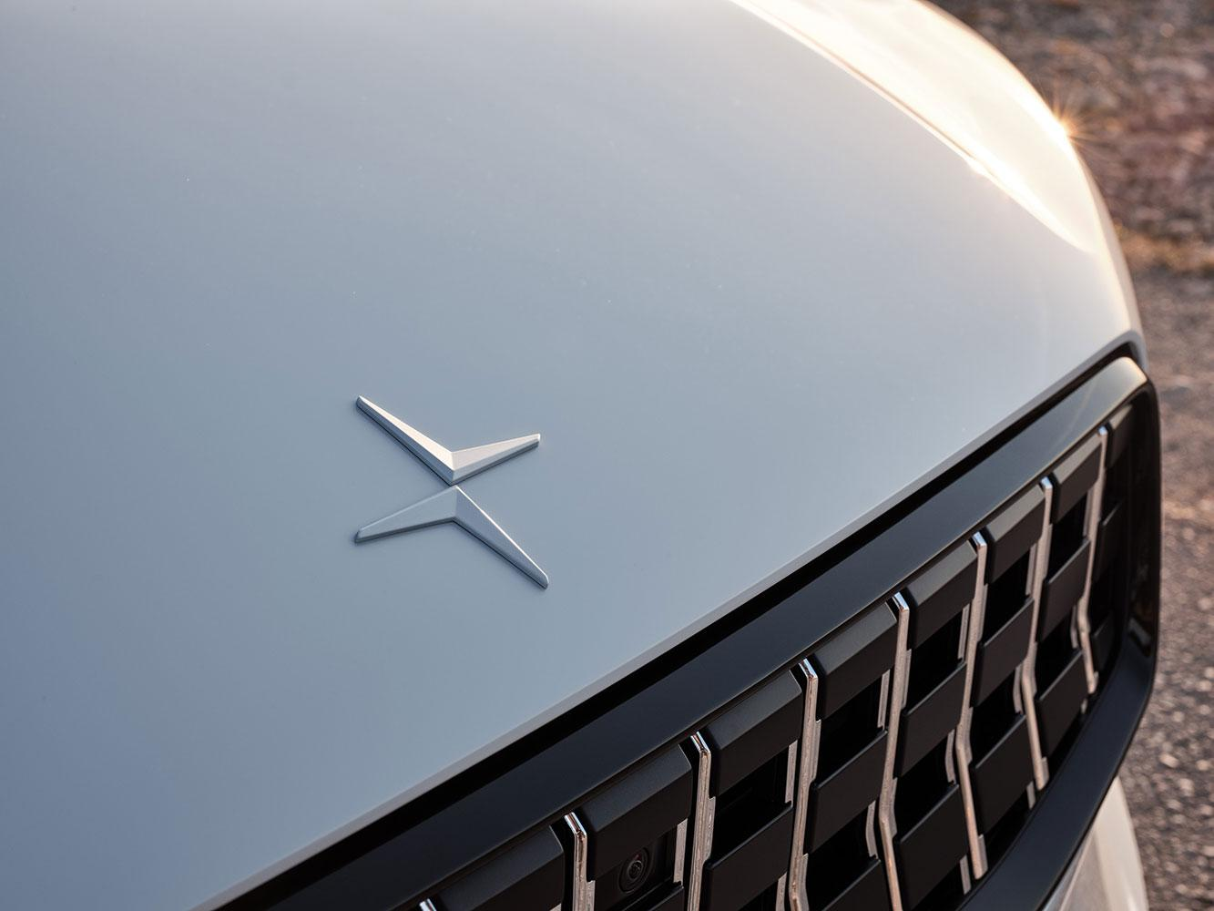Polestar 1 bonnet and grille