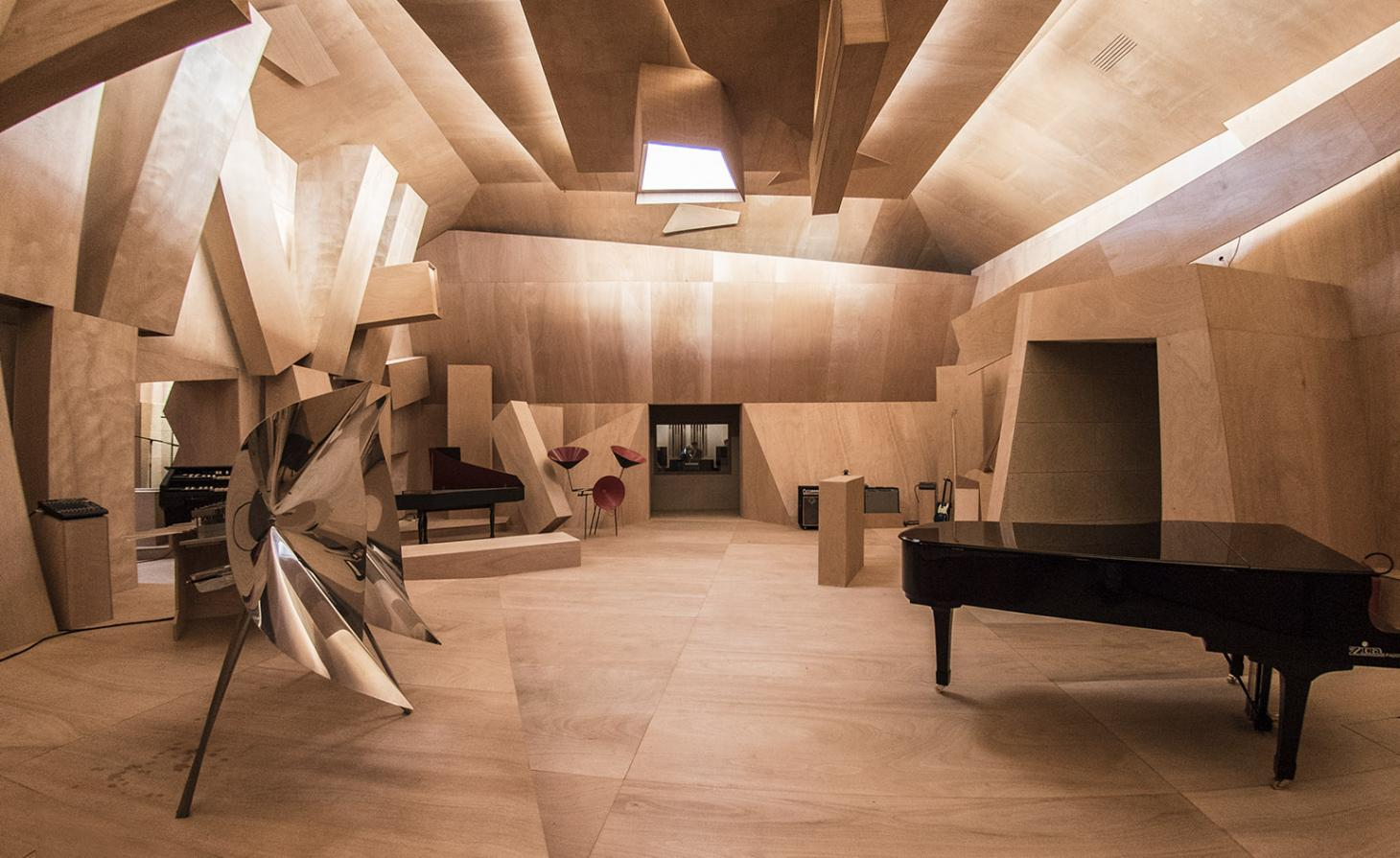Art of noise: Xavier Veilhan's live sound experiment hits all the high notes in Venice