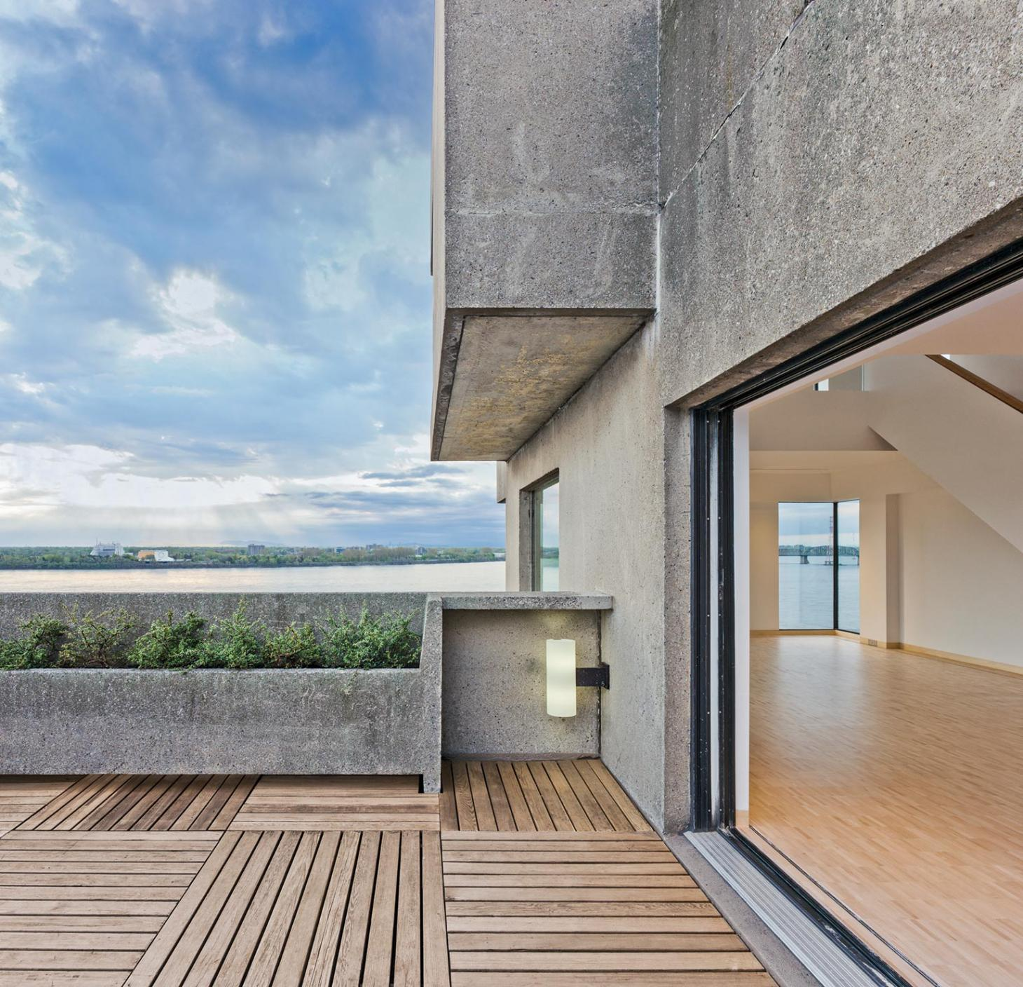 Terrace of Habitat 67