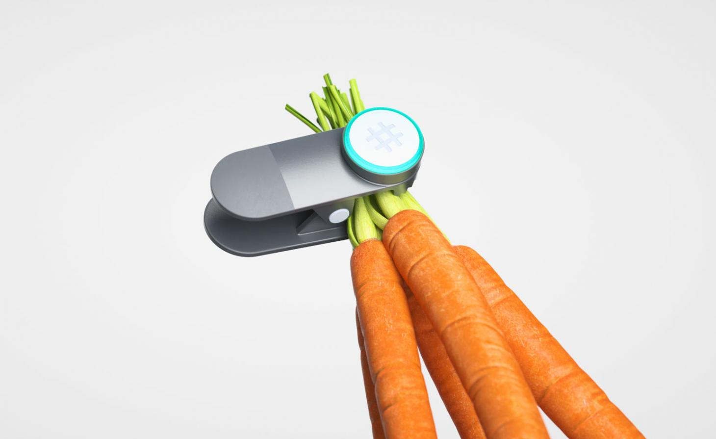 Ovie Smart Tag with carrots, new connected kitchen technology