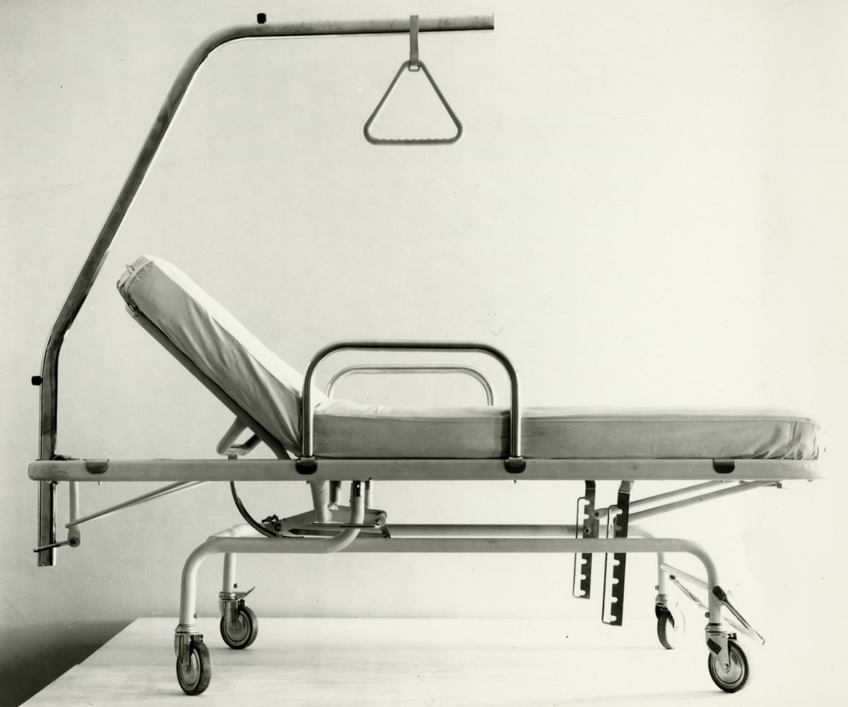 'TR15 letto' hospital bed, 1973. Courtesy Fortunati