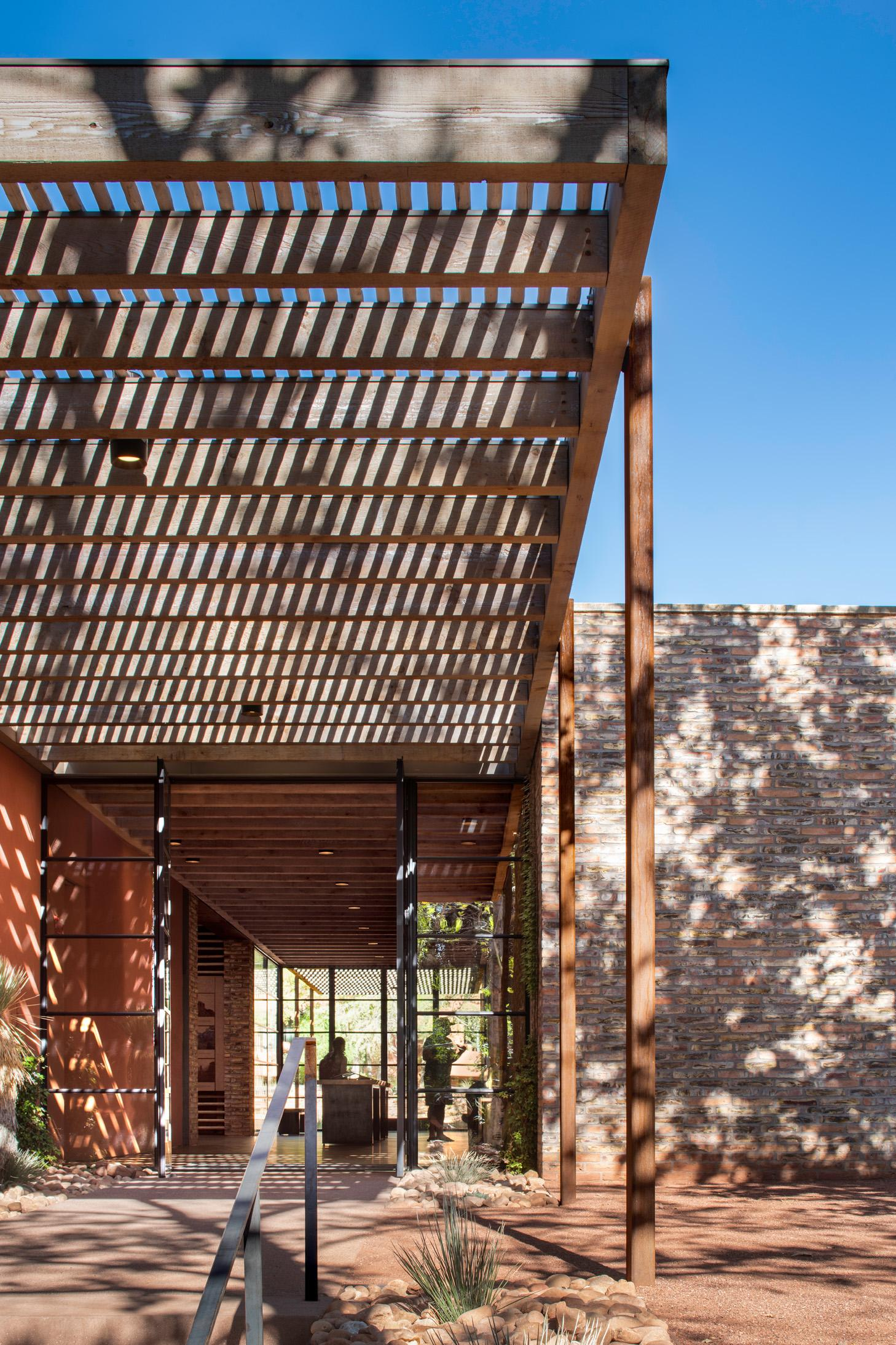 Shades canopy looking in at the Trail House by Gluckman Tang