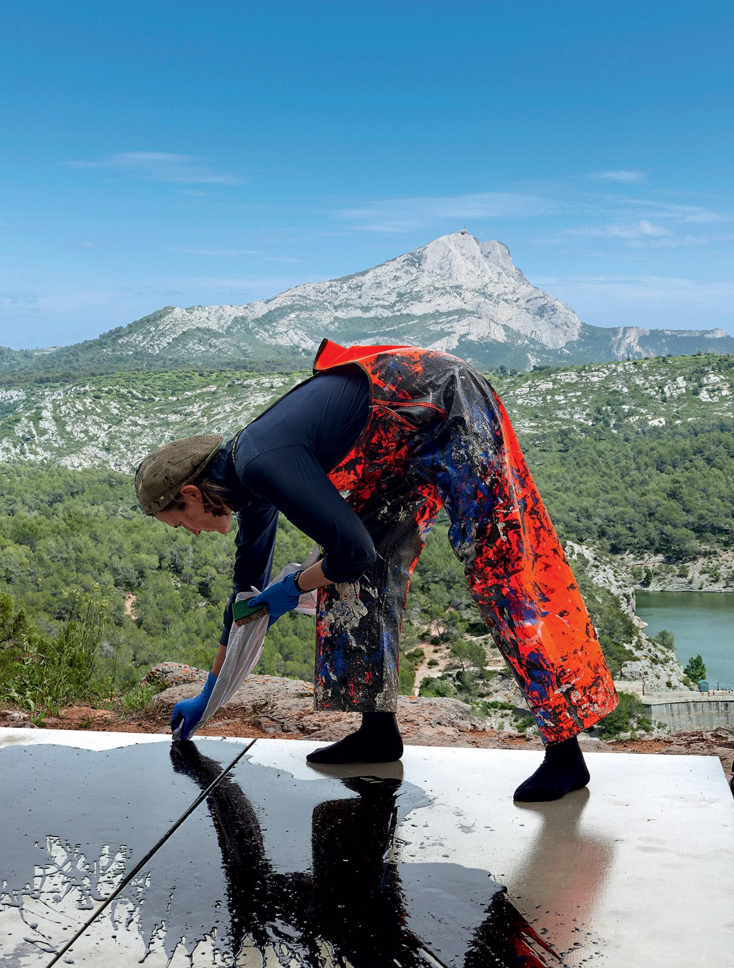 French painter Fabienne Verdier at work in Saint-Victoire