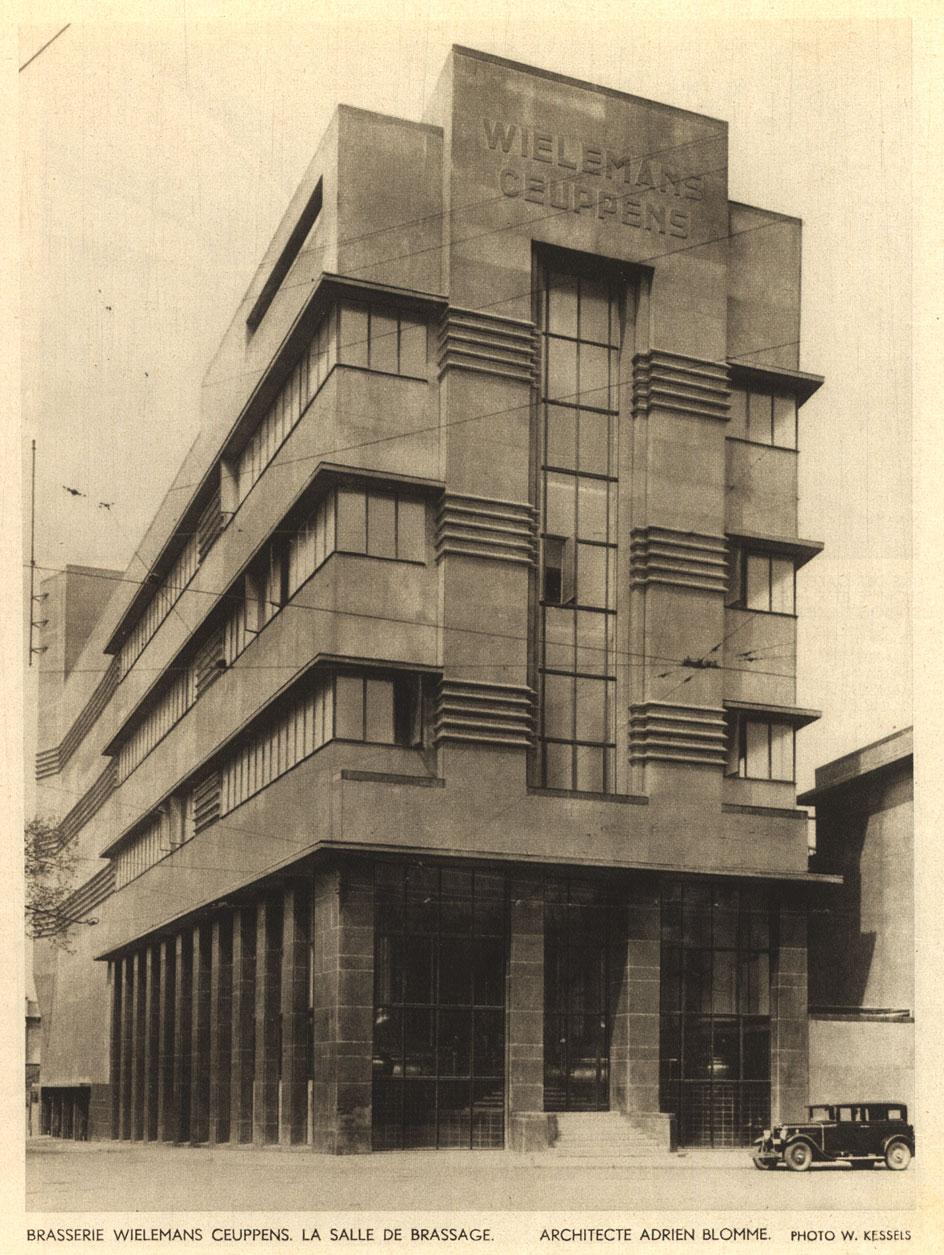 The facade of the Wielemans-Ceuppens brewery in1930. Photography:Willy Kessels