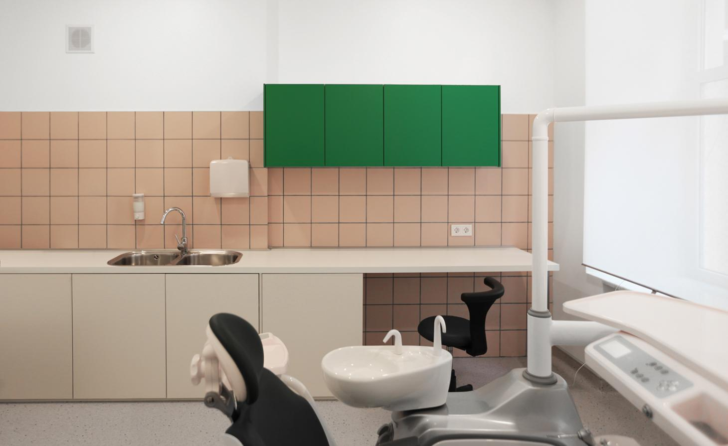 Supaform dental clinic treatment room