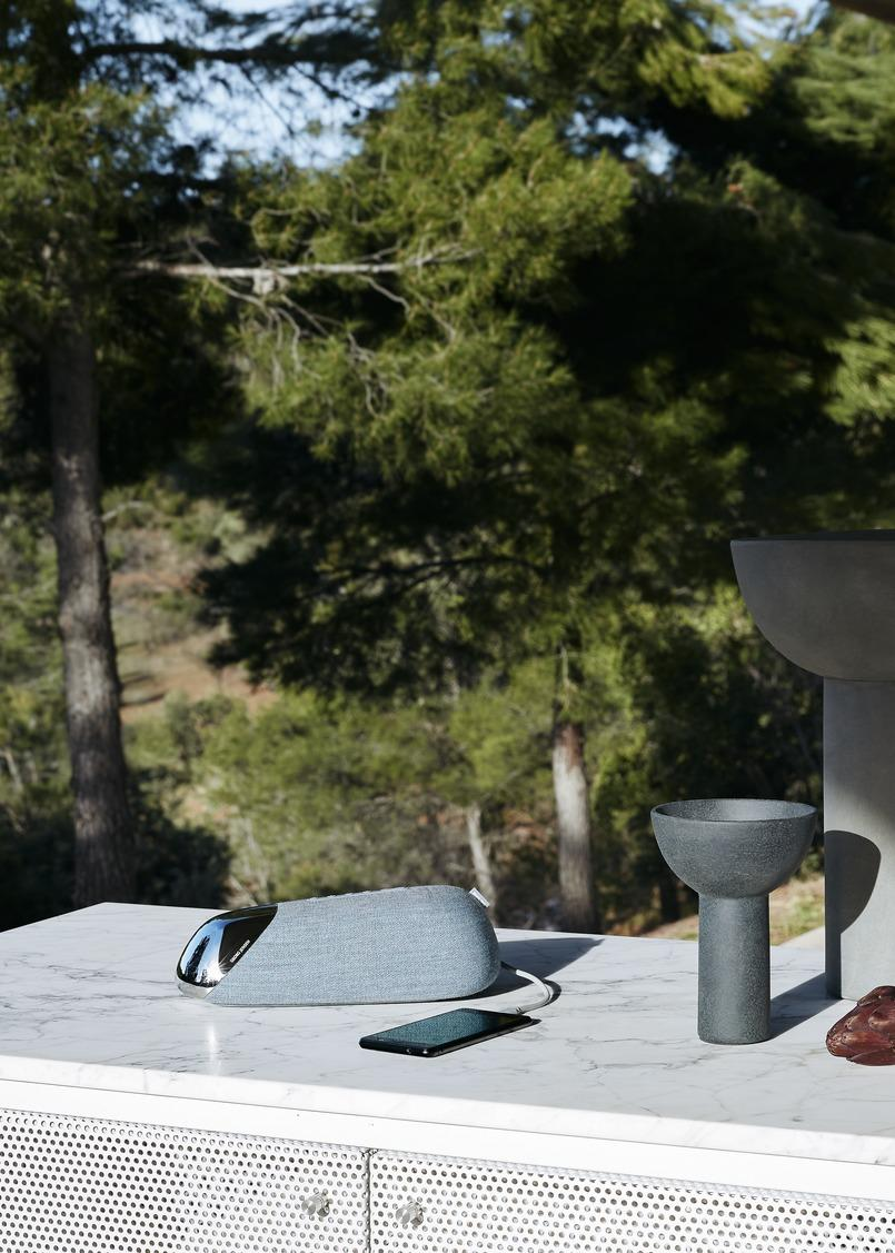 JS50 Bluetooth speaker by Georg Jensen and Philips