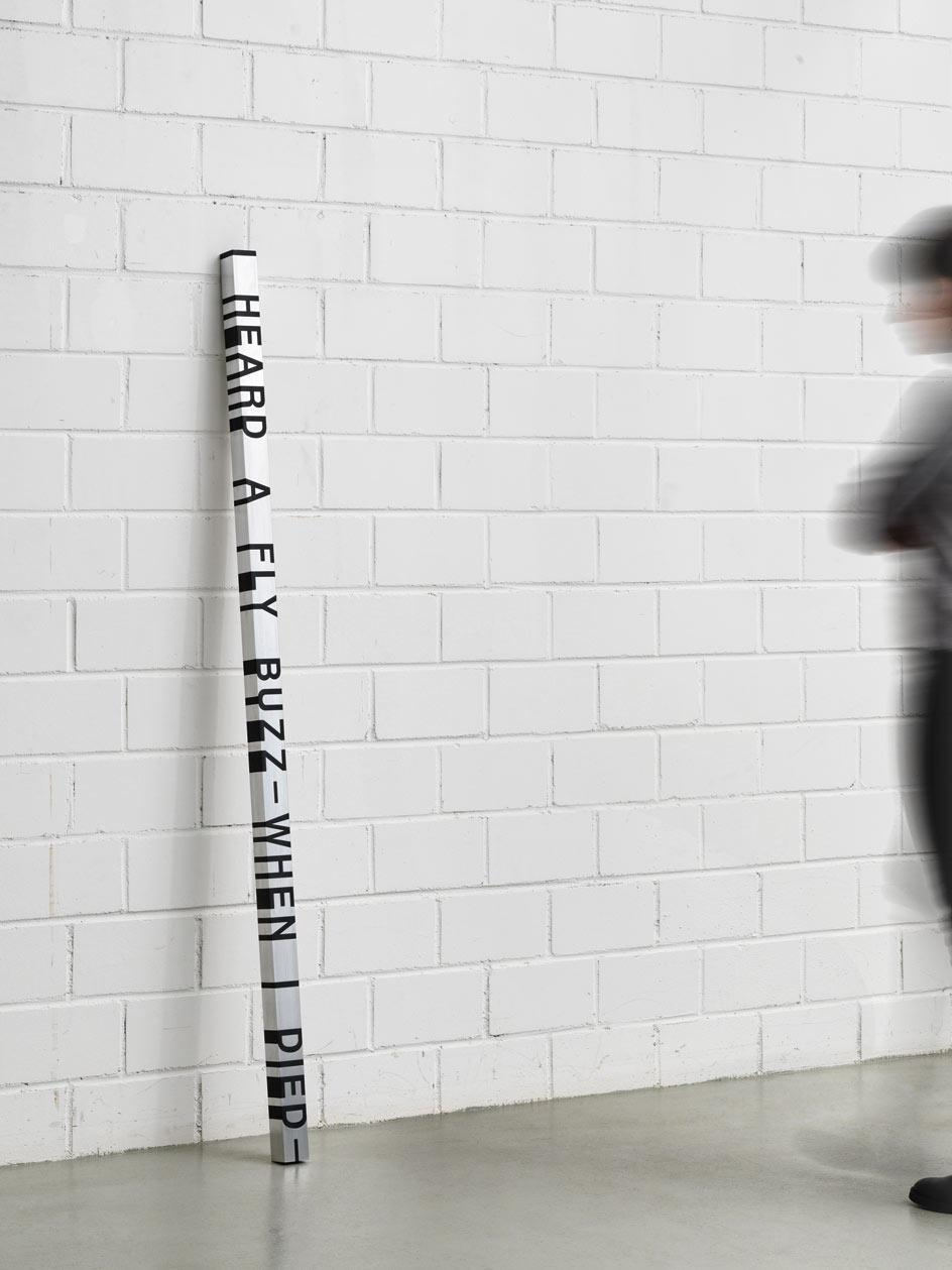 Roni Horn, Key and Cue, No. 465 I HEARD A FLY BUZZ—WHEN I DIED—, 1994, Solid alumnum and cast black plastic