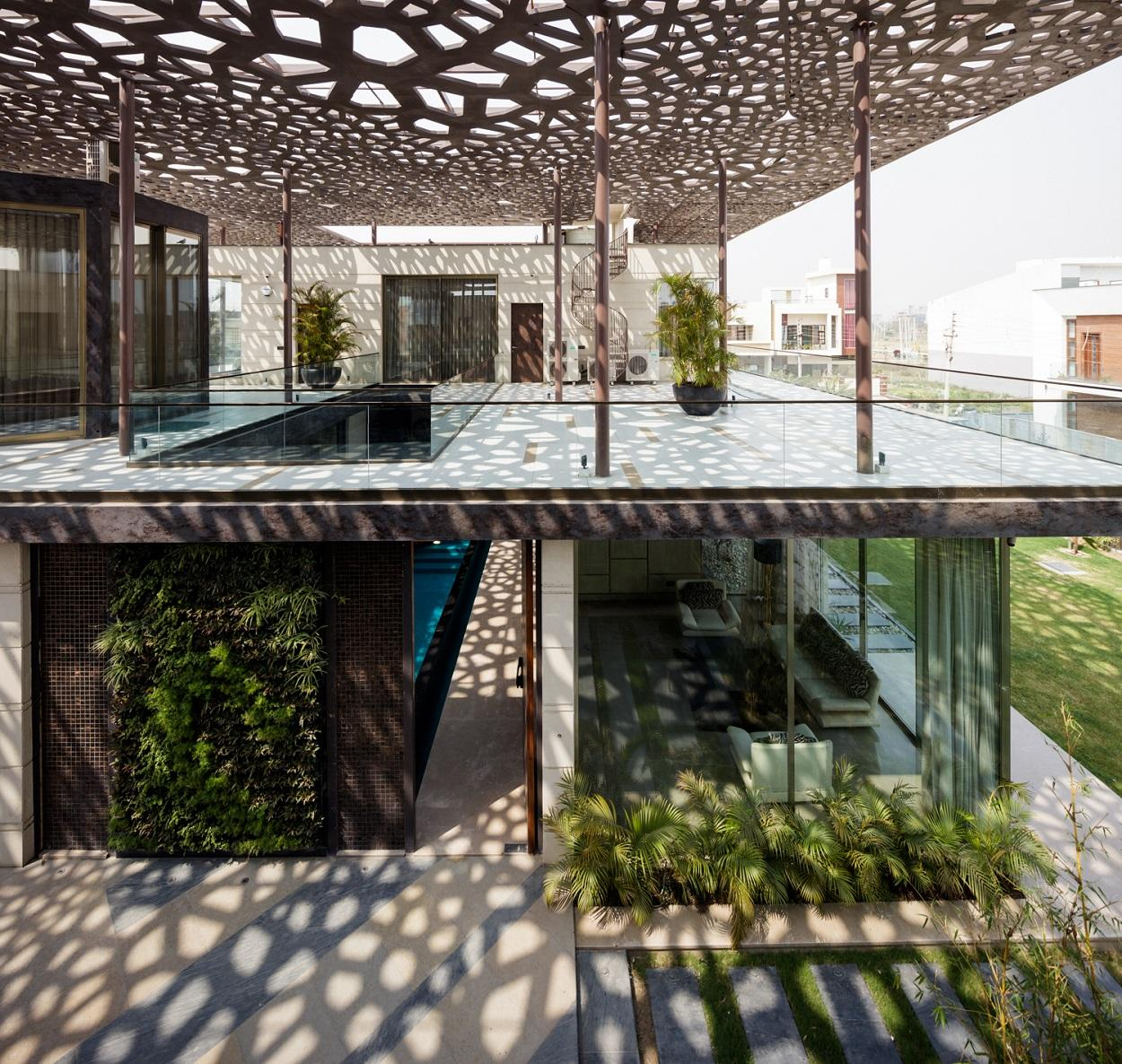 House Under Shadows by ZED Lab