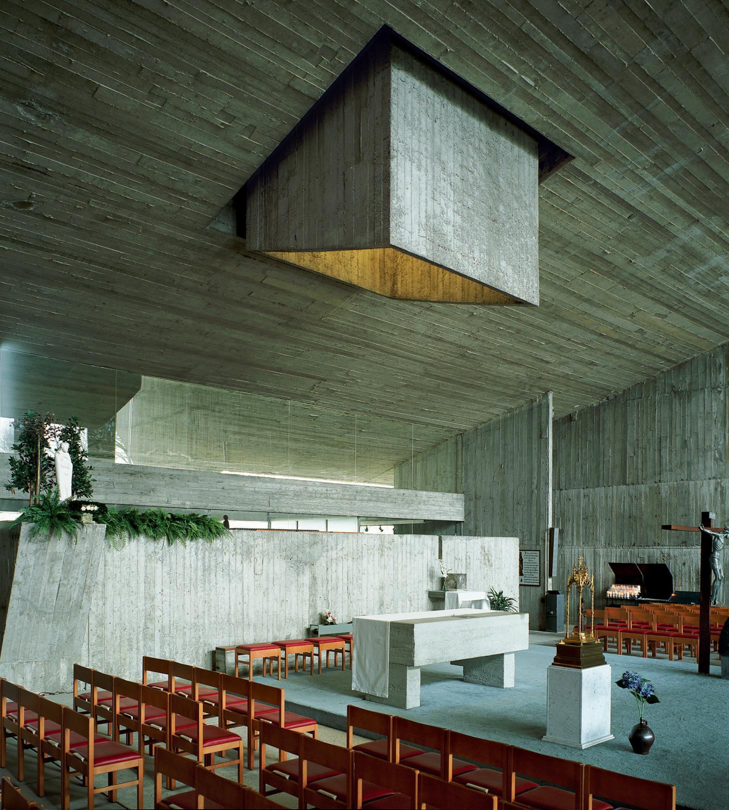 Juliaan Lampens church design