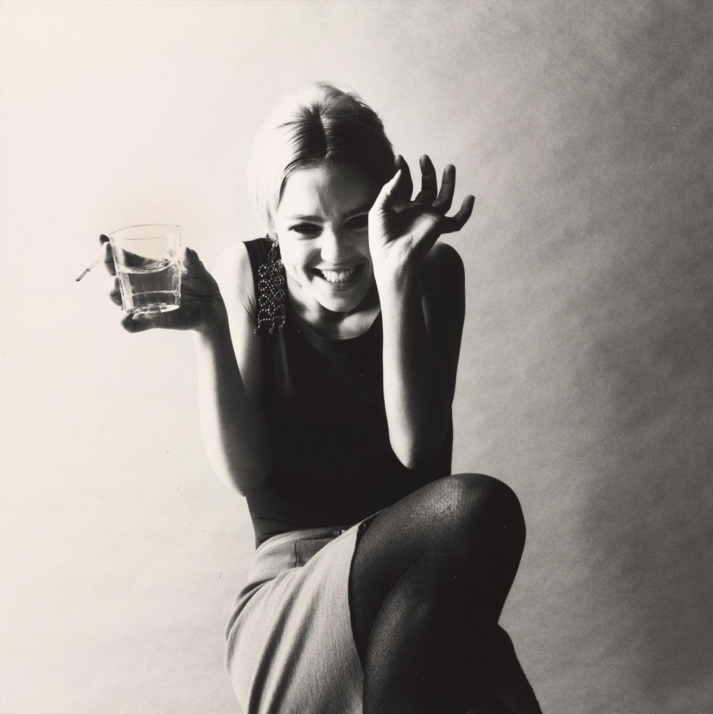 Jerry Schatzberg, Edie, courtesy of Peter Fetterman Gllery