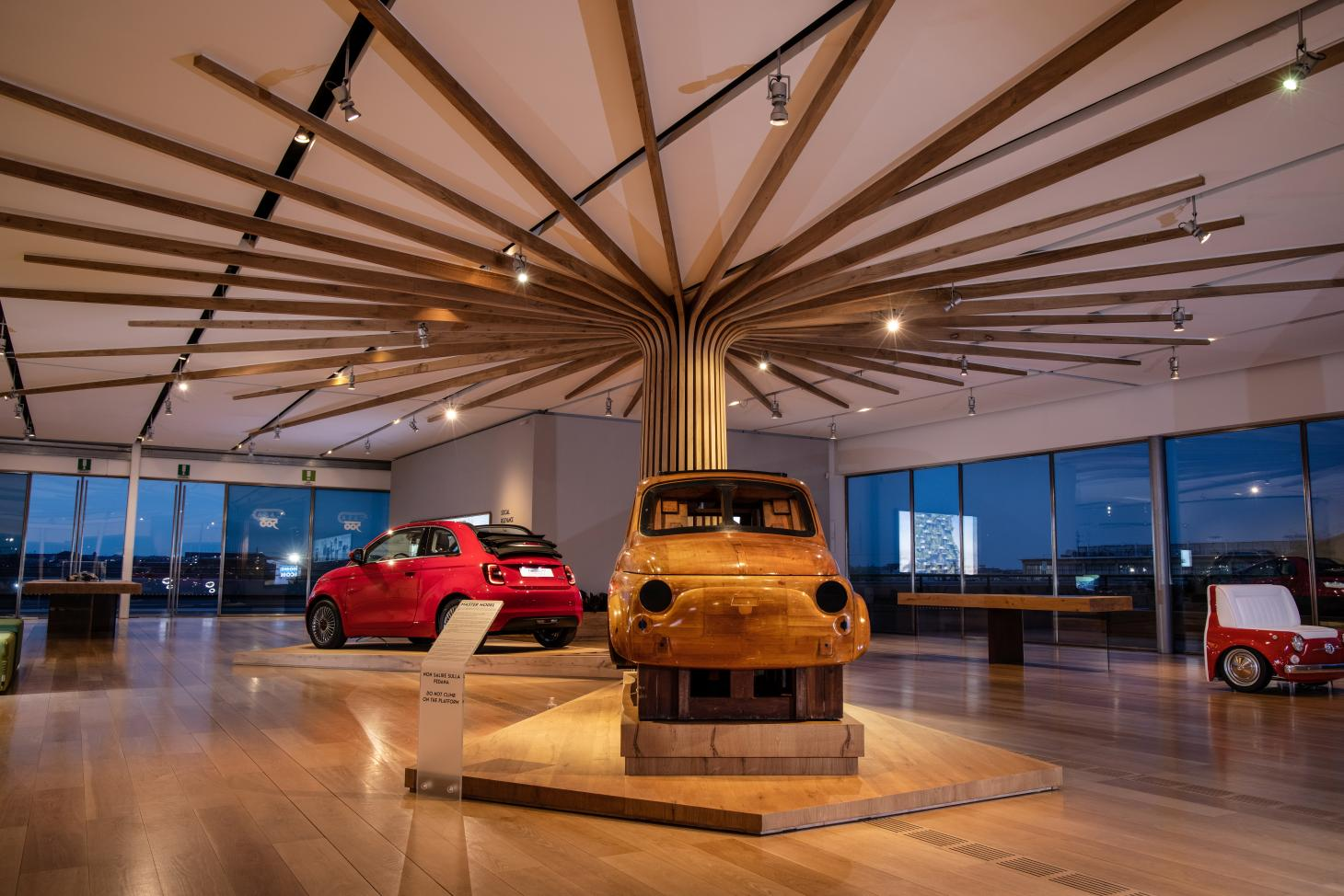 Casa 500, an exhibition that celebrates of the Fiat 500, old and new