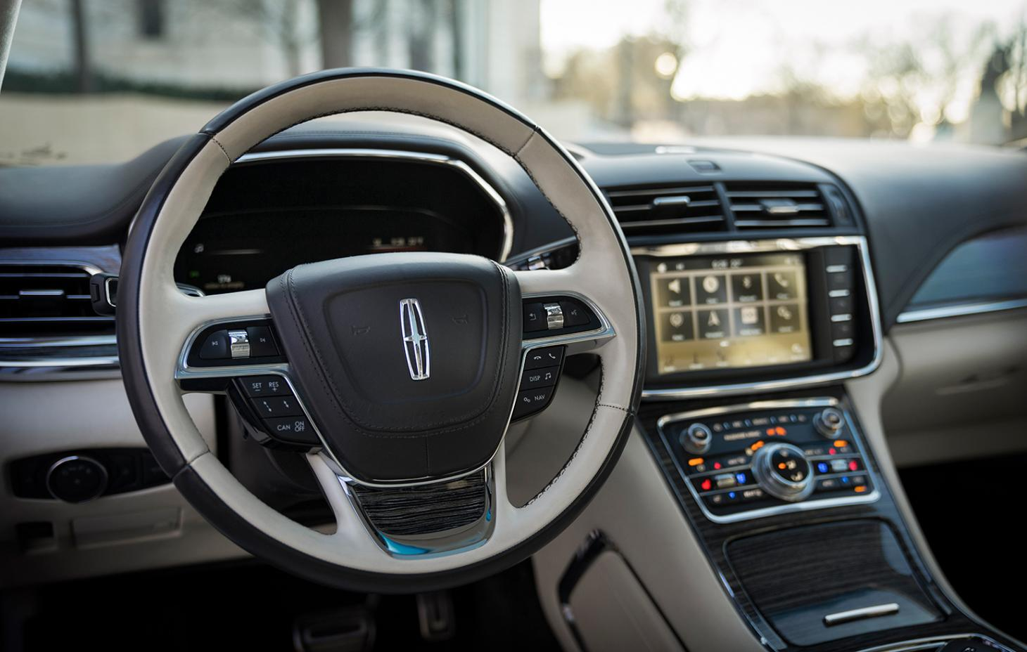 Steering wheel and dashboard of the new Lincoln Continental
