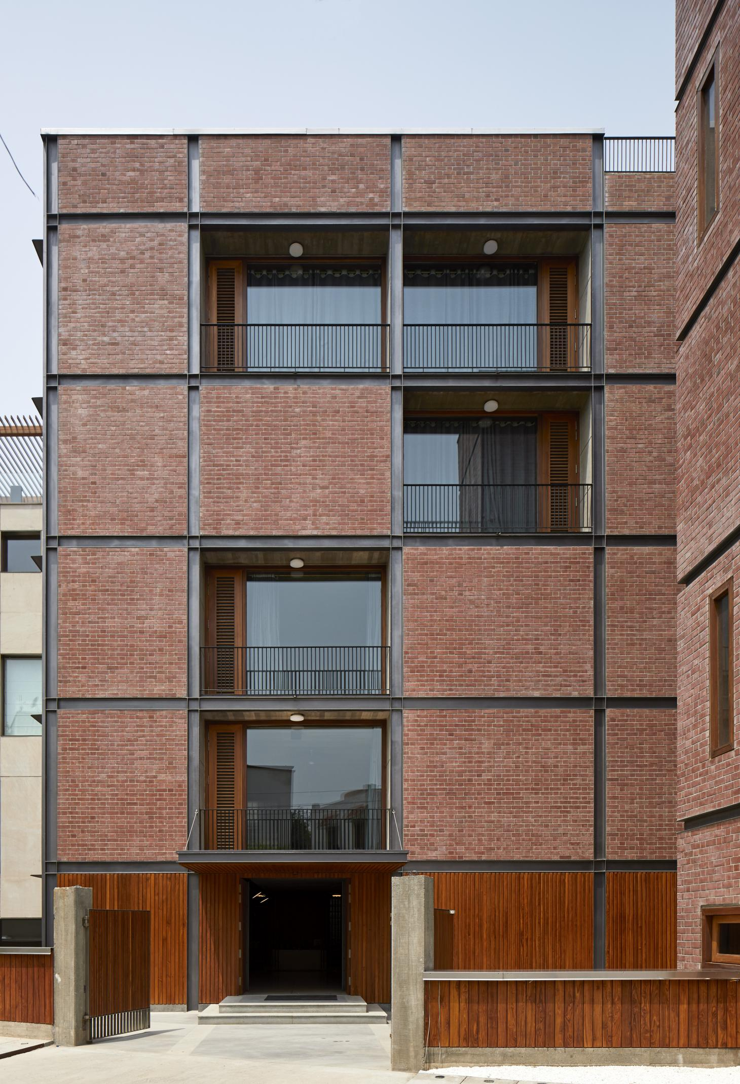 Brick House designed by RKDS in Delhi
