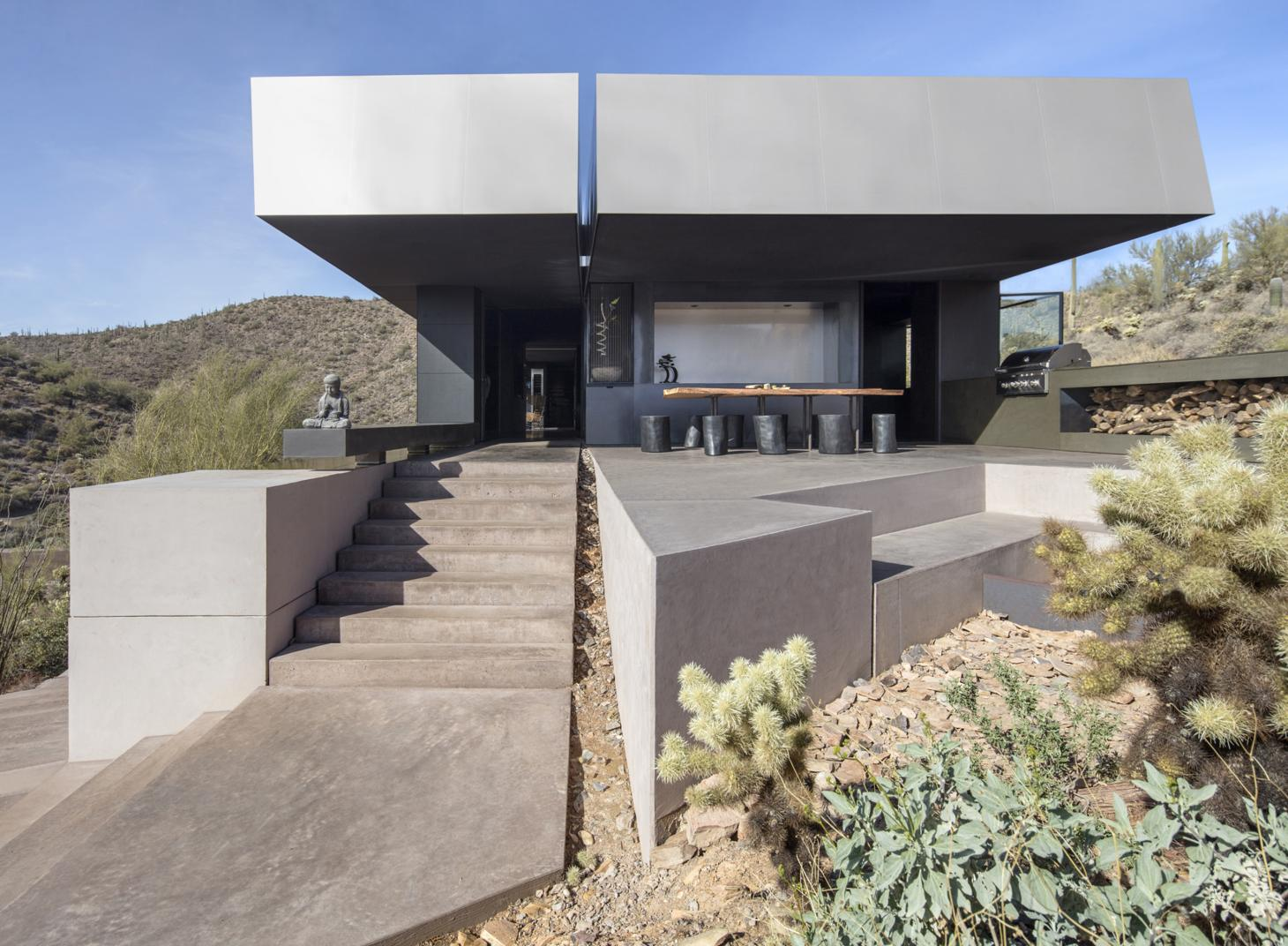 Hidden Valley house in Arizona designed by Wendell Burnette Architects