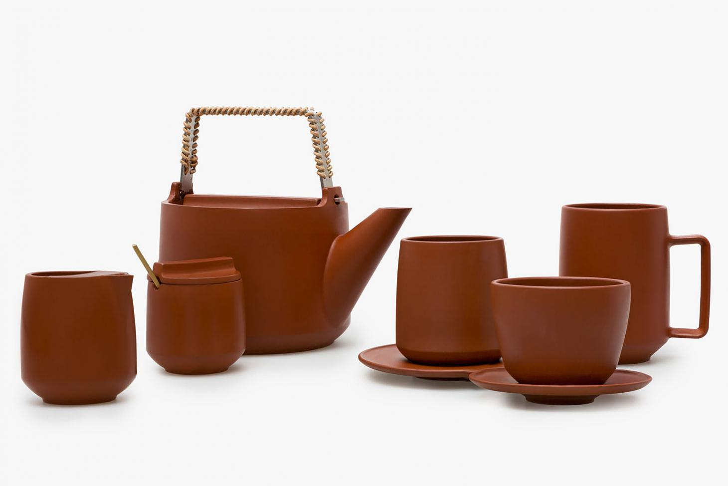 A teapot set by Jenner