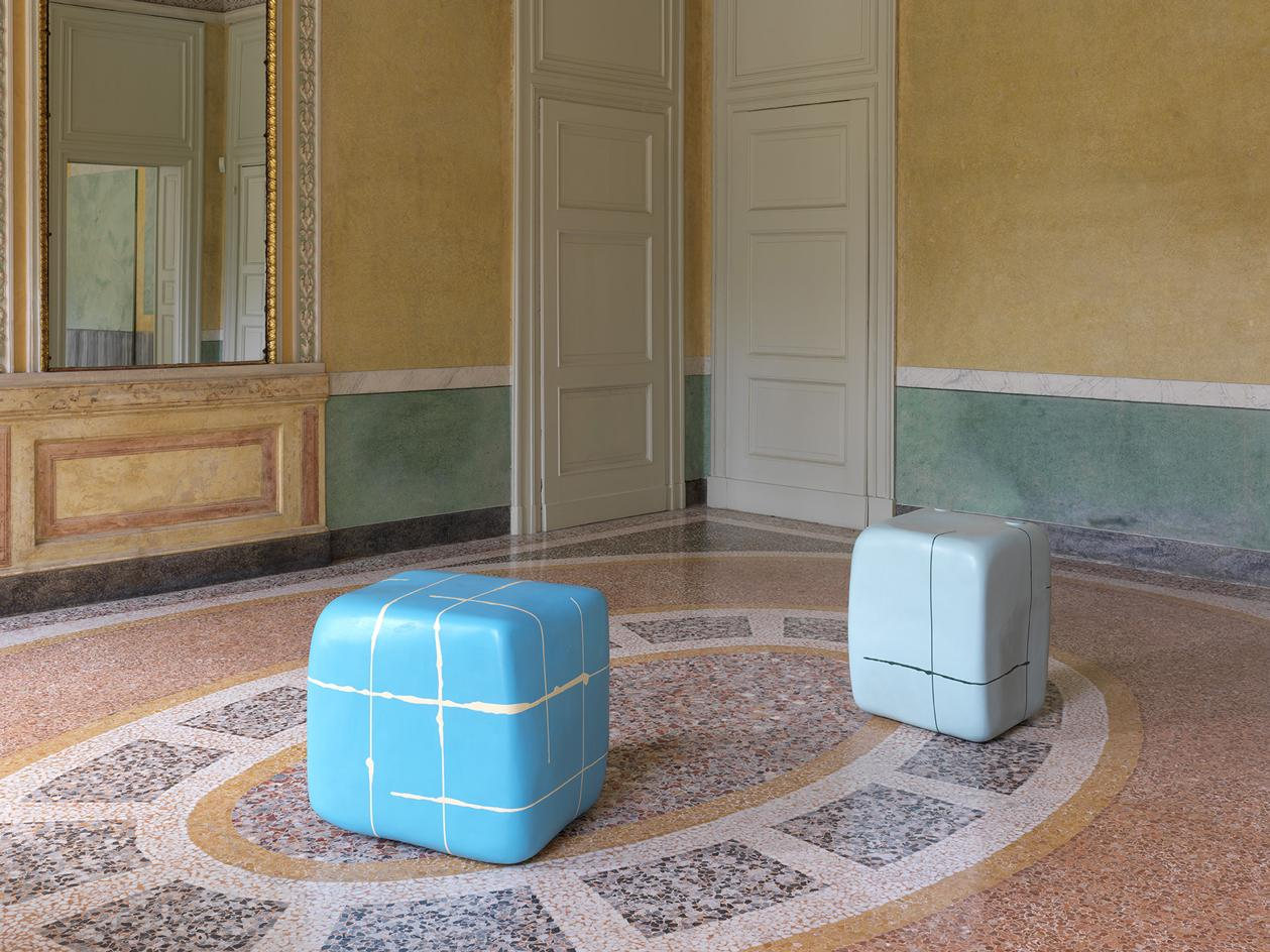 Furla Series - Nairy Baghramian. 'Misfits', installation view at GAM – Galleria d'Arte Moderna, Milan. 2021. Exhibition curated by BrunaRoccasalva, promoted by Fondazione Furla and GAM – Galleria d'ArteModerna, Milan.