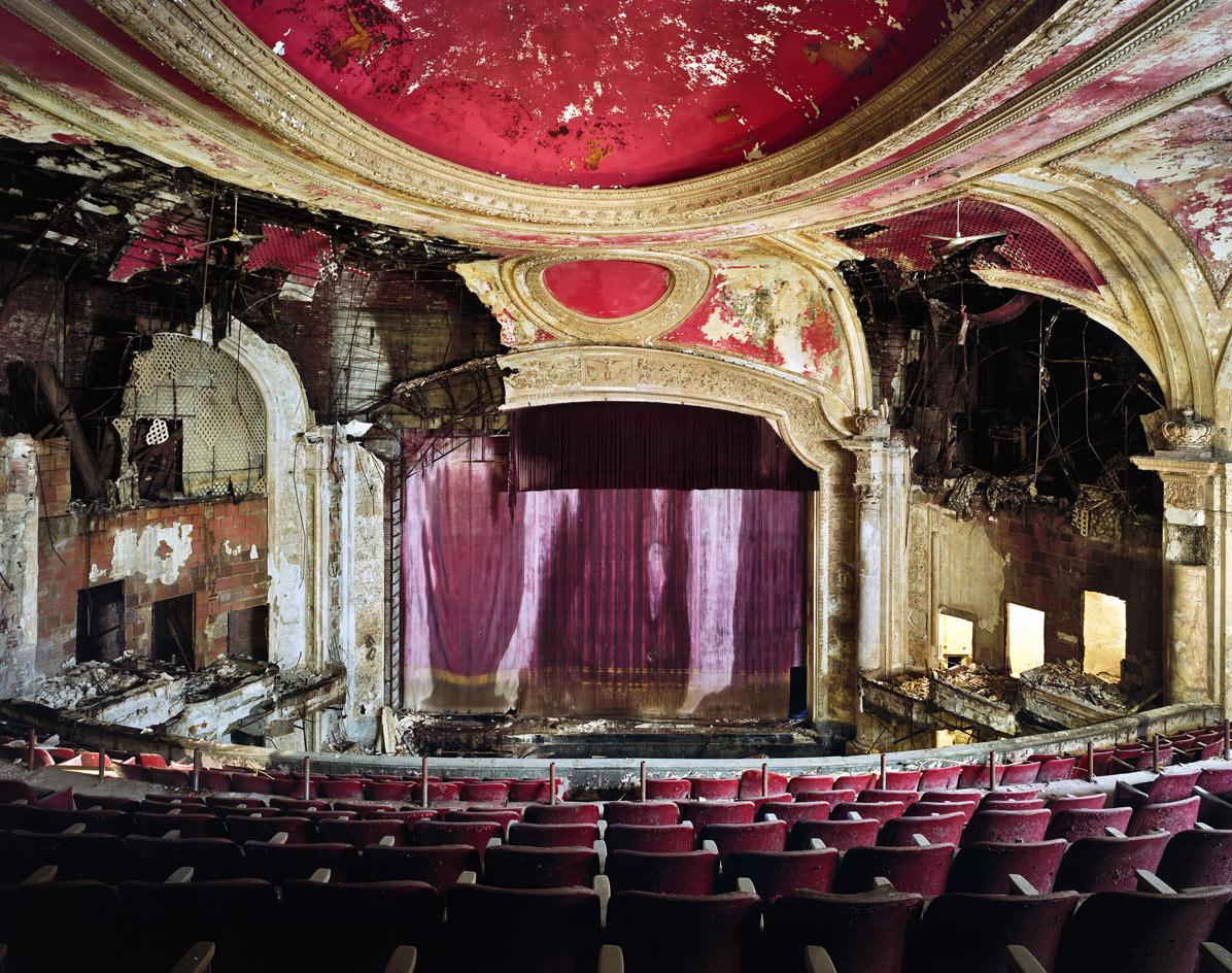 Paramount Theater, Newark, NJ.Images © Yves Marchand and Romain Meffre, part of the photography book Movie Theaters on derelict cinemas