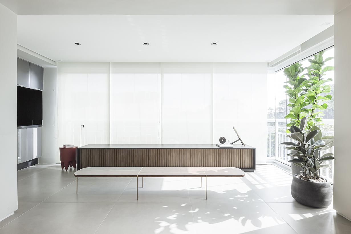modernism and minimalism in this Sao Paulo apartment in Brazil