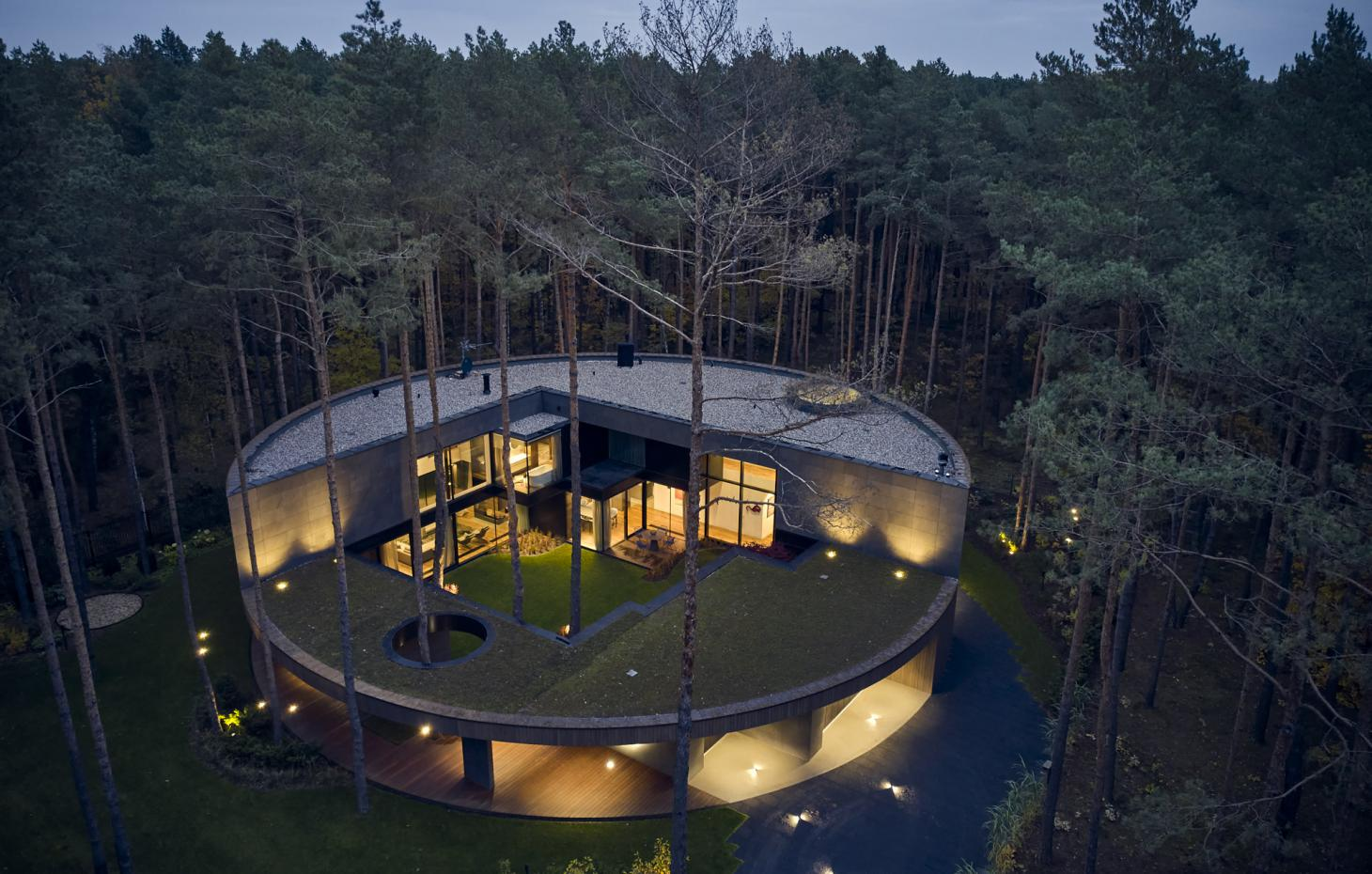Circle Wood House overview