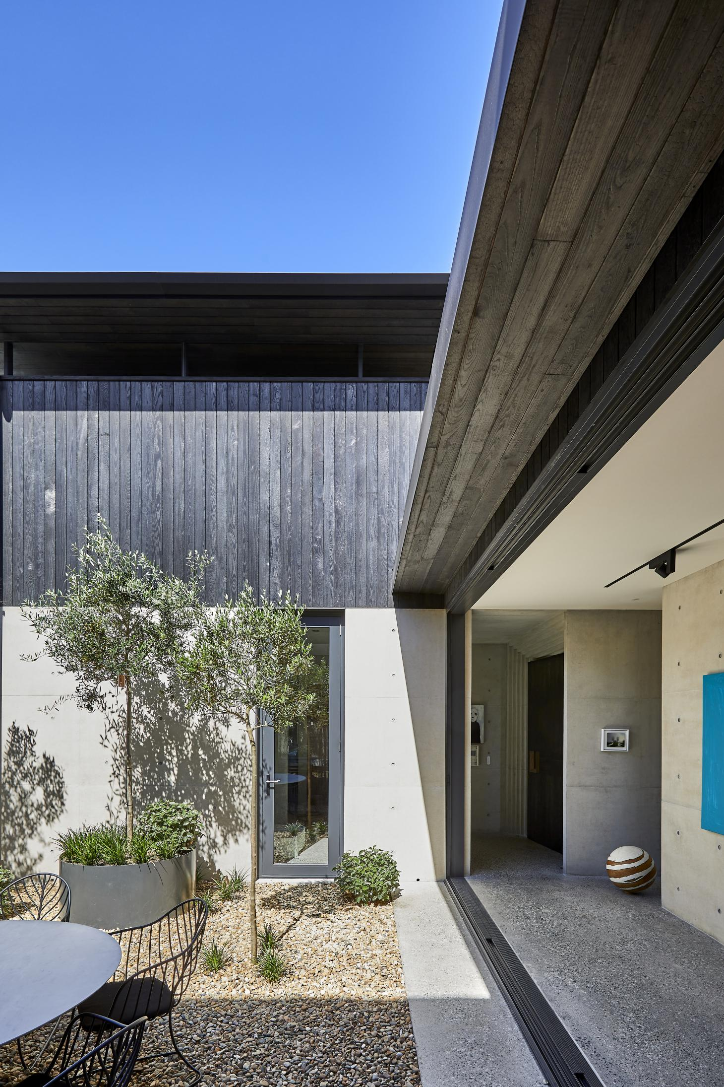 courtyard and open spaces at Villa Carlo