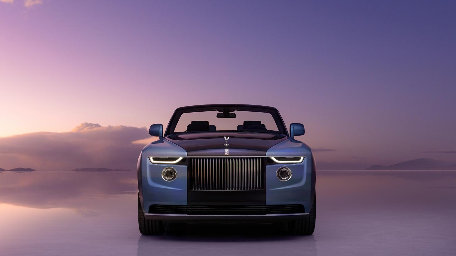 The front profile of the 2021 Rolls-Royce Boat Tail