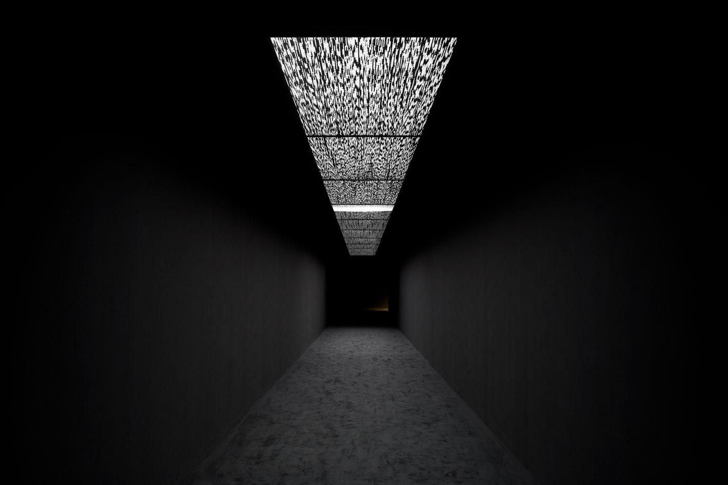 Ryoji Ikeda, data.flux in a solo show at 180 The Strand, London 2021