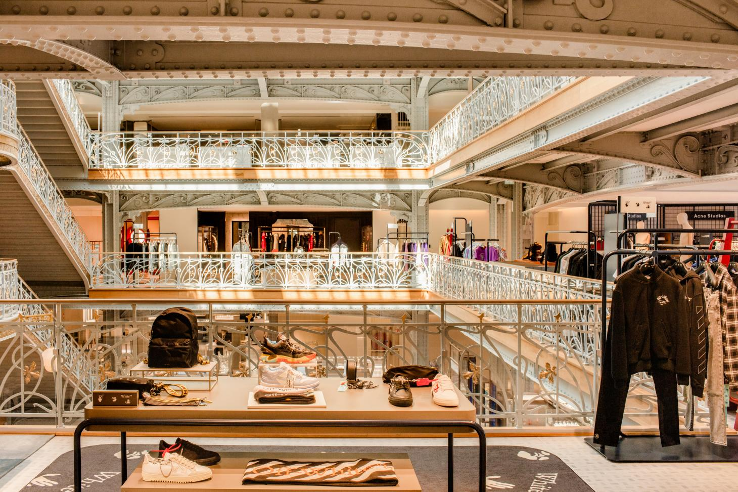 glamour and historical details abound at the La Samaritaine