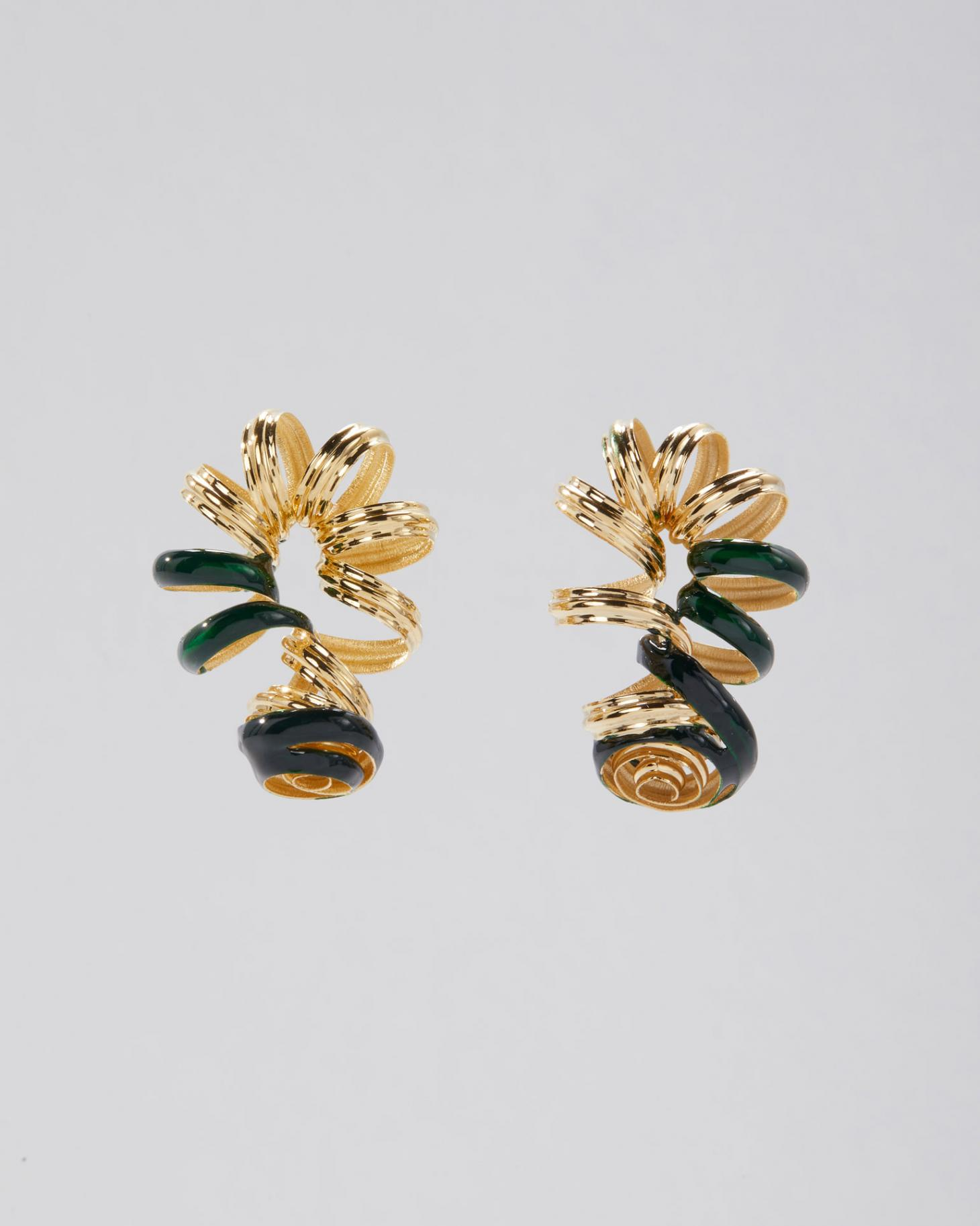 Gold-coated brass curly earrings with green dots on