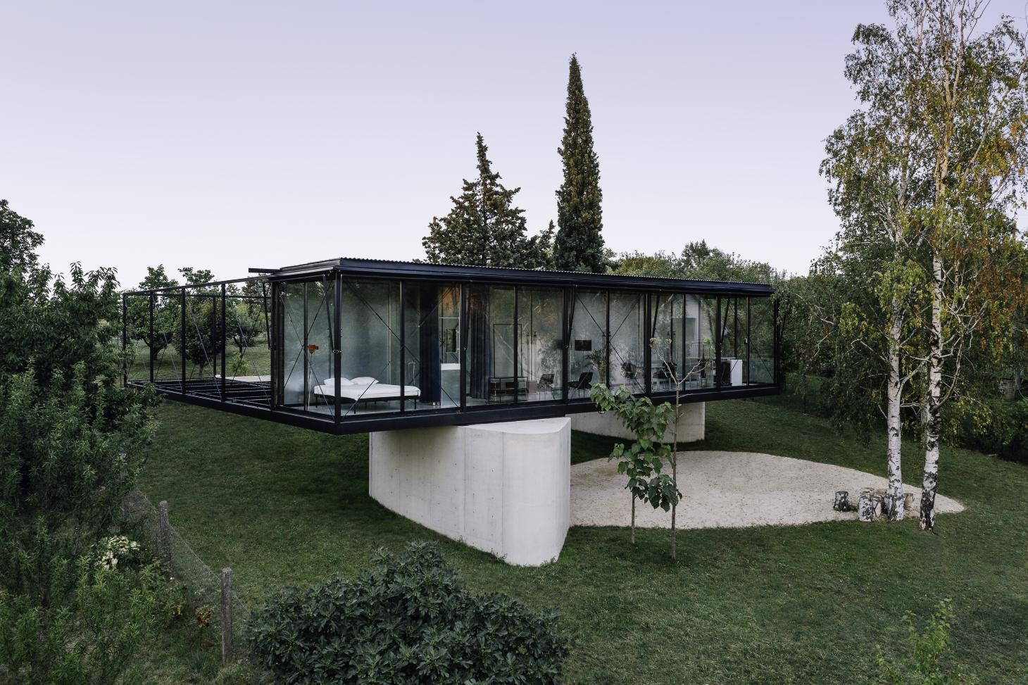 House for a Craftsman, TEN Architects