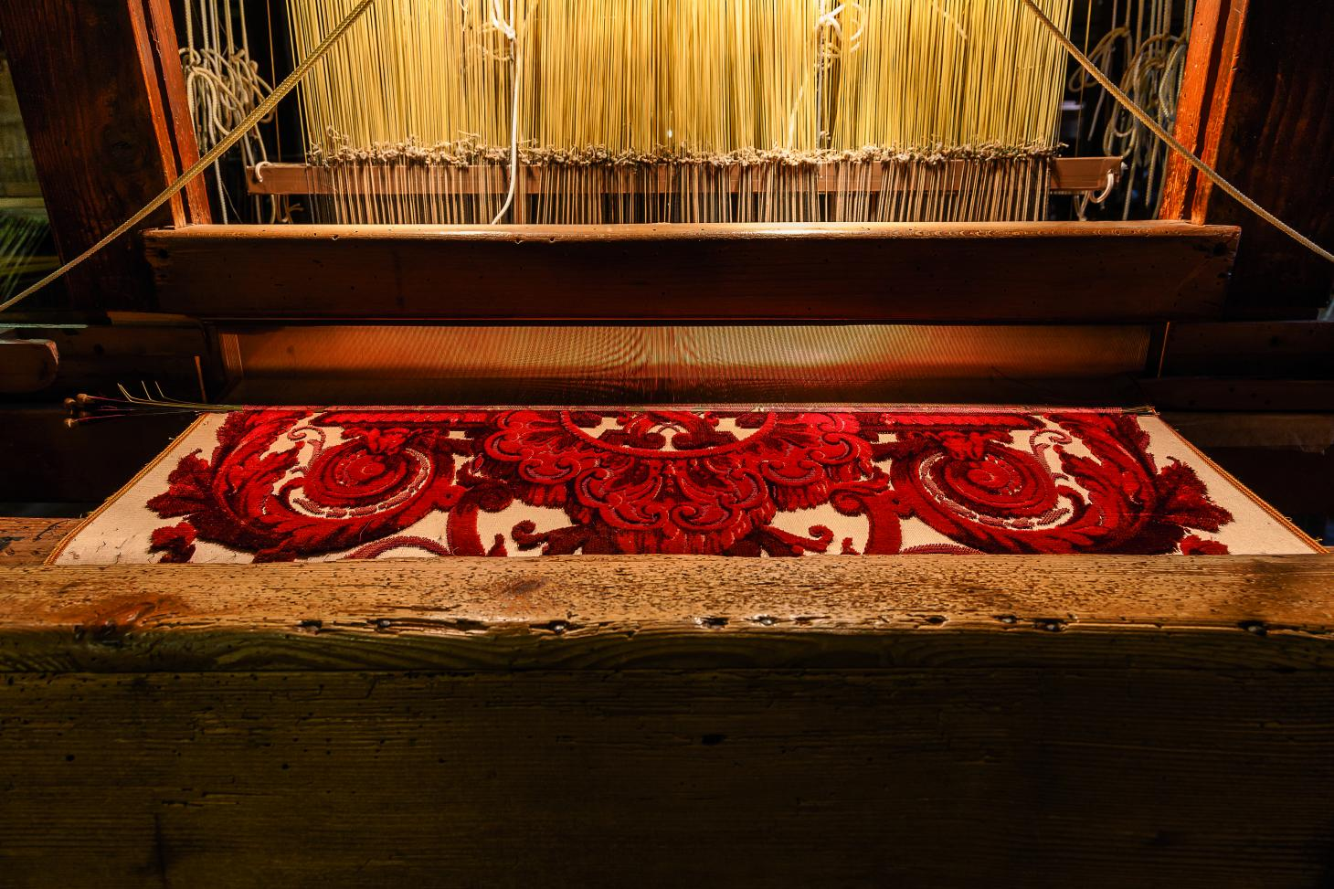 Walking tour of Venice traditional weaving at Tessitura Bevilaqua