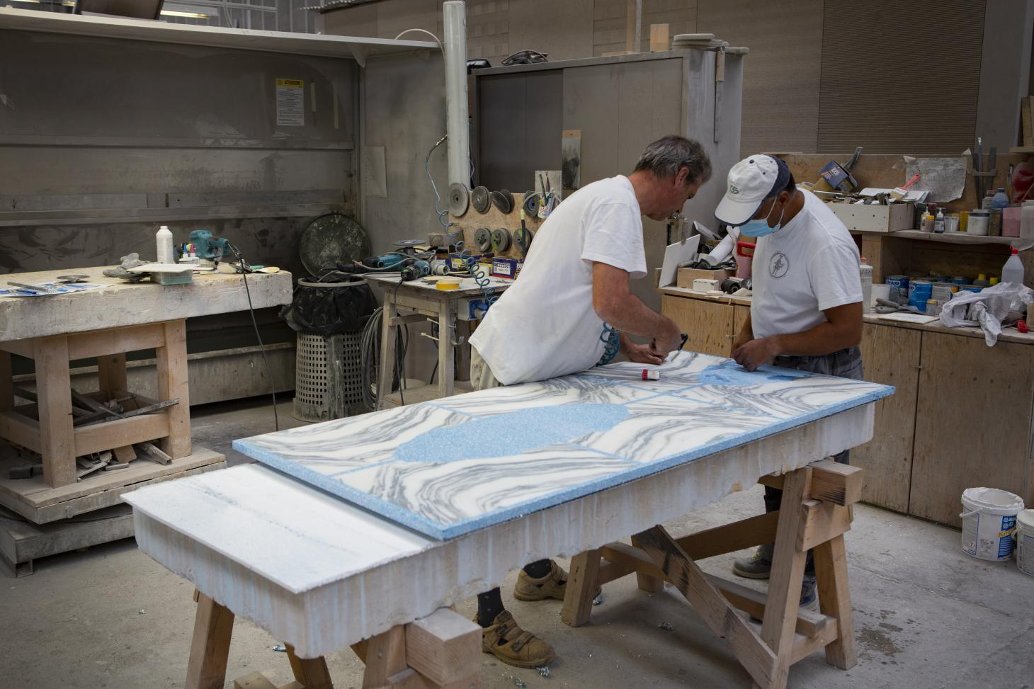 Stefan Scholten's The Stone House carpet being made at factory