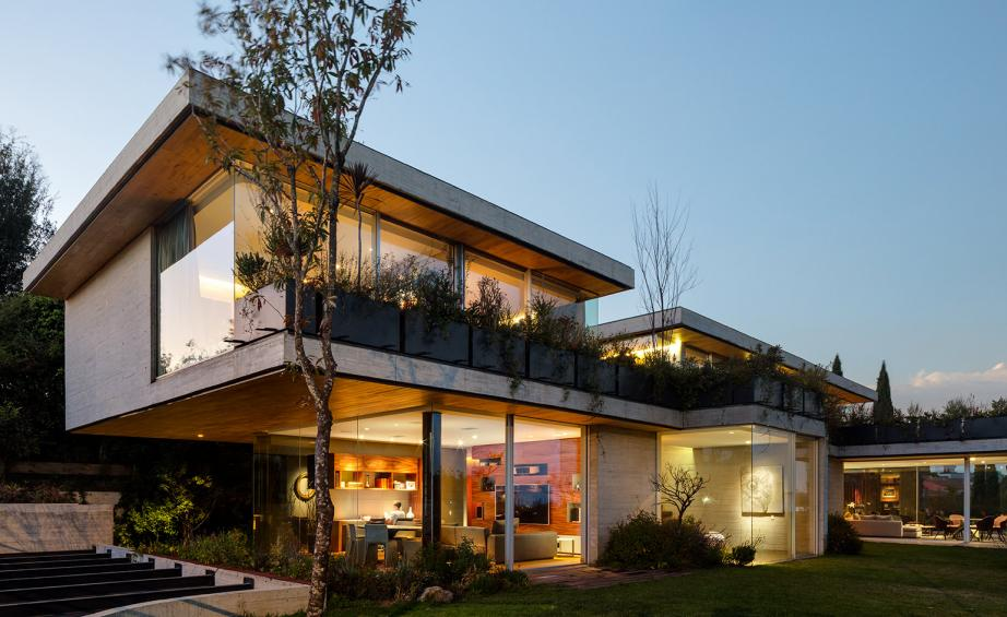 VGZ Arquitecturas latest house design in Mexico City Wallpaper