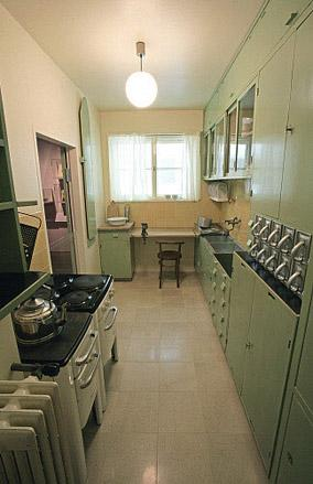 Poggenpohl Frankfurt the frankfurt kitchen from the german fitted kitchen in