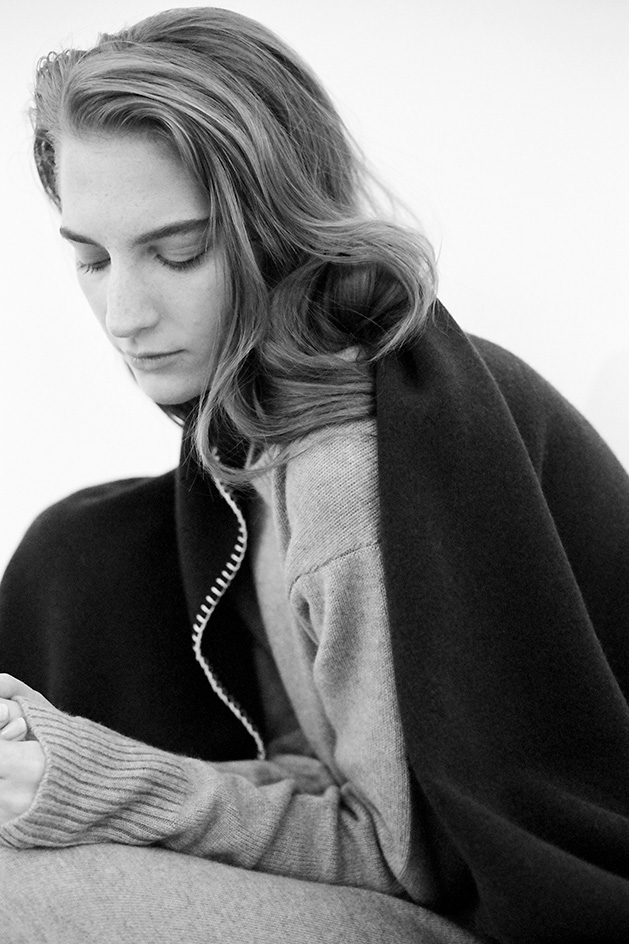 Ven Store model wears cashmere blanket